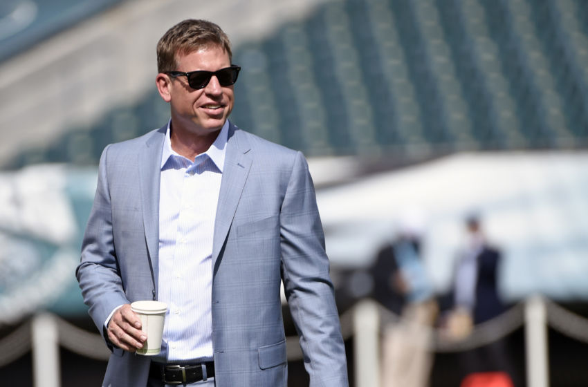 Sep 20, 2015; Philadelphia, PA, USA; Fox Sports analyst and former Dallas Cowboys quarterback Troy Aikman on the field before game between Philadelphia Eagles and Dallas Cowboys at Lincoln Financial Field. Mandatory Credit: Eric Hartline-USA TODAY Sports