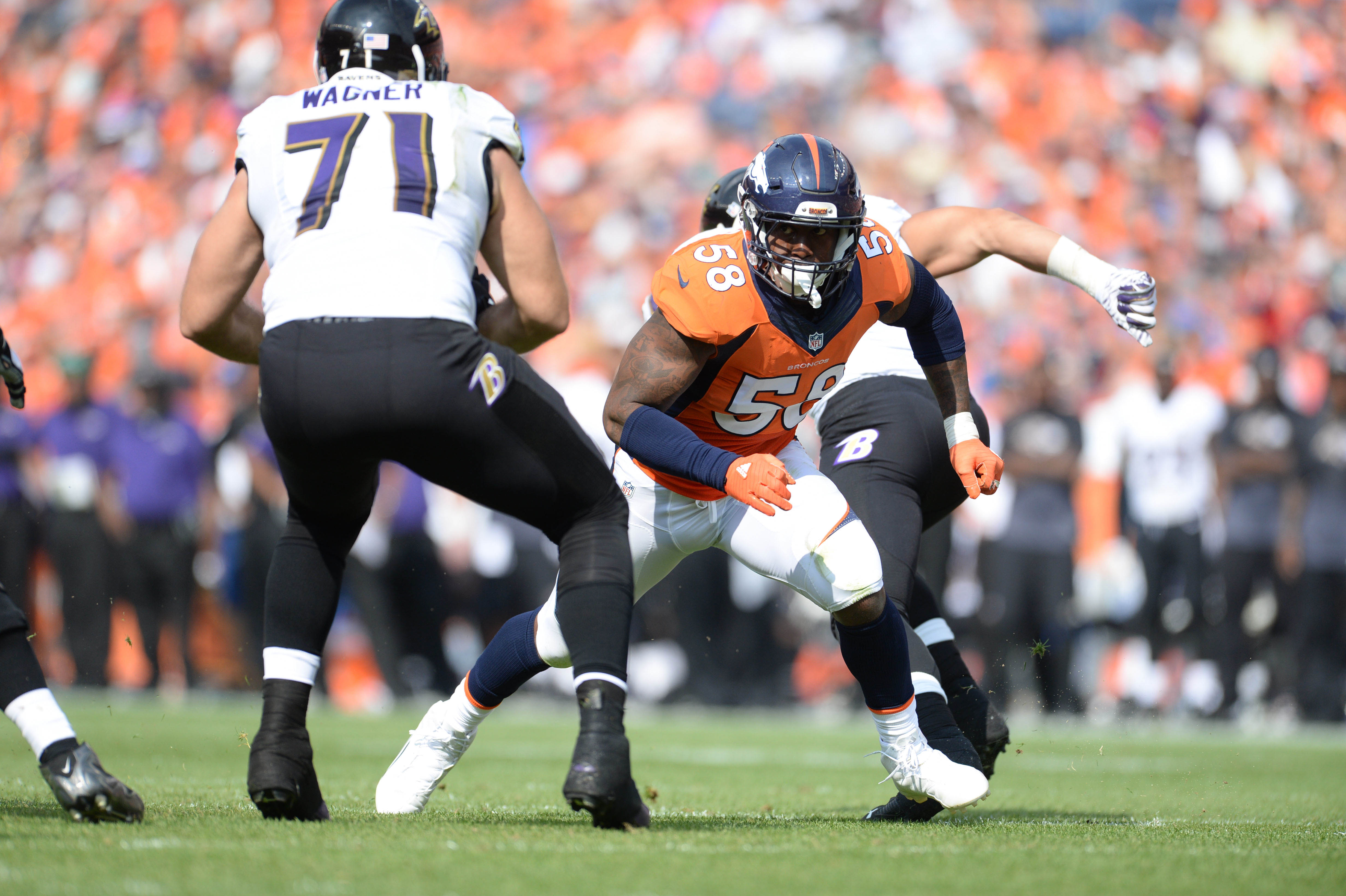 8817753-nfl-baltimore-ravens-at-denver-broncos-1