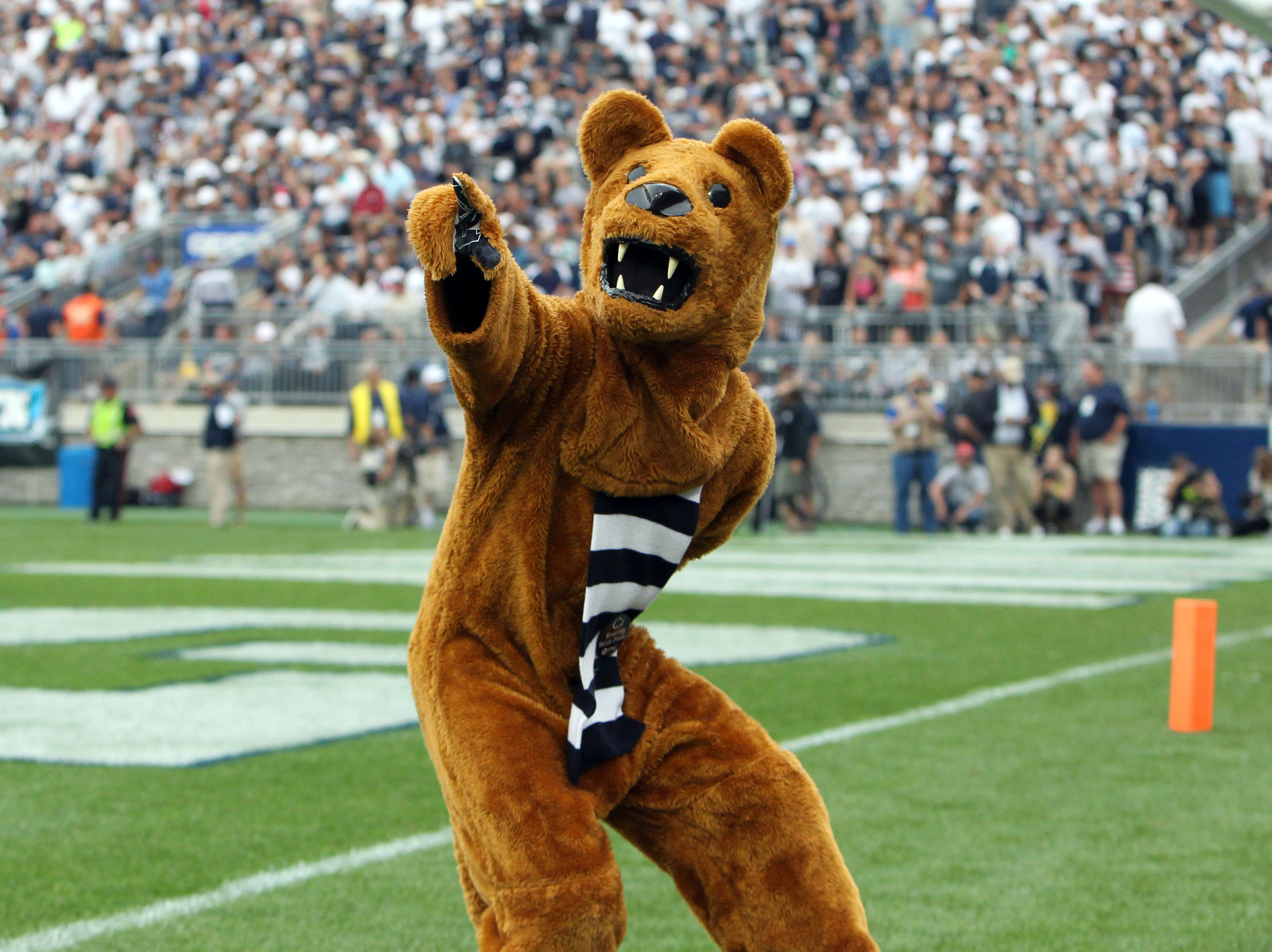 8827229-ncaa-football-san-diego-state-at-penn-state