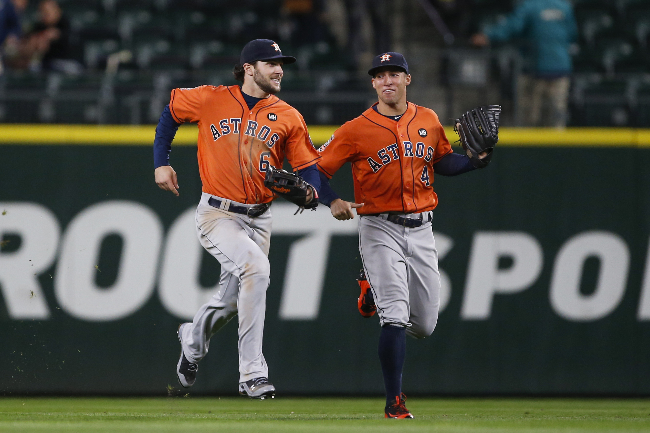 8832988-mlb-houston-astros-at-seattle-mariners