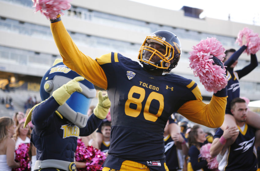 8852255-ncaa-football-kent-state-at-tole