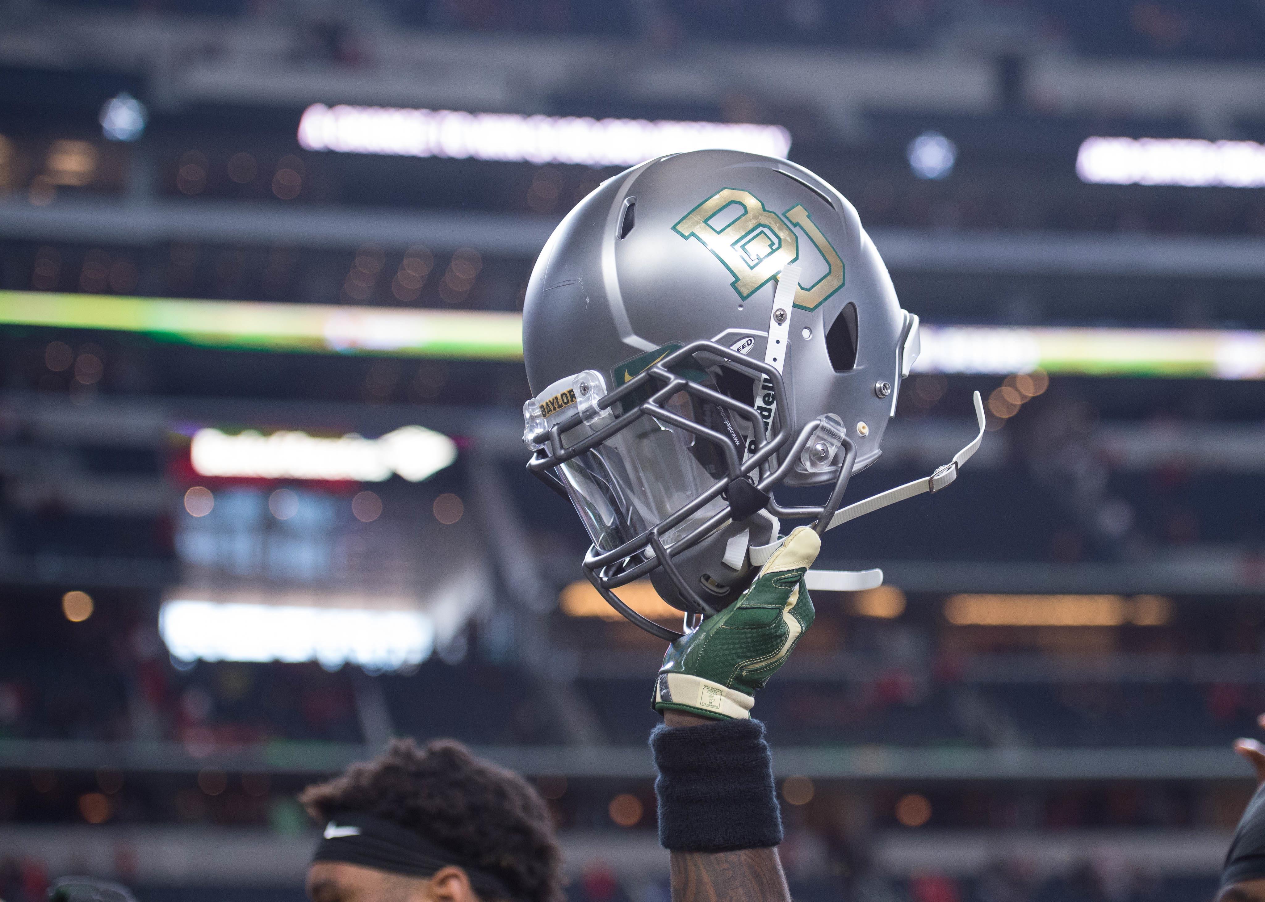 8869237-ncaa-football-baylor-at-texas-tech