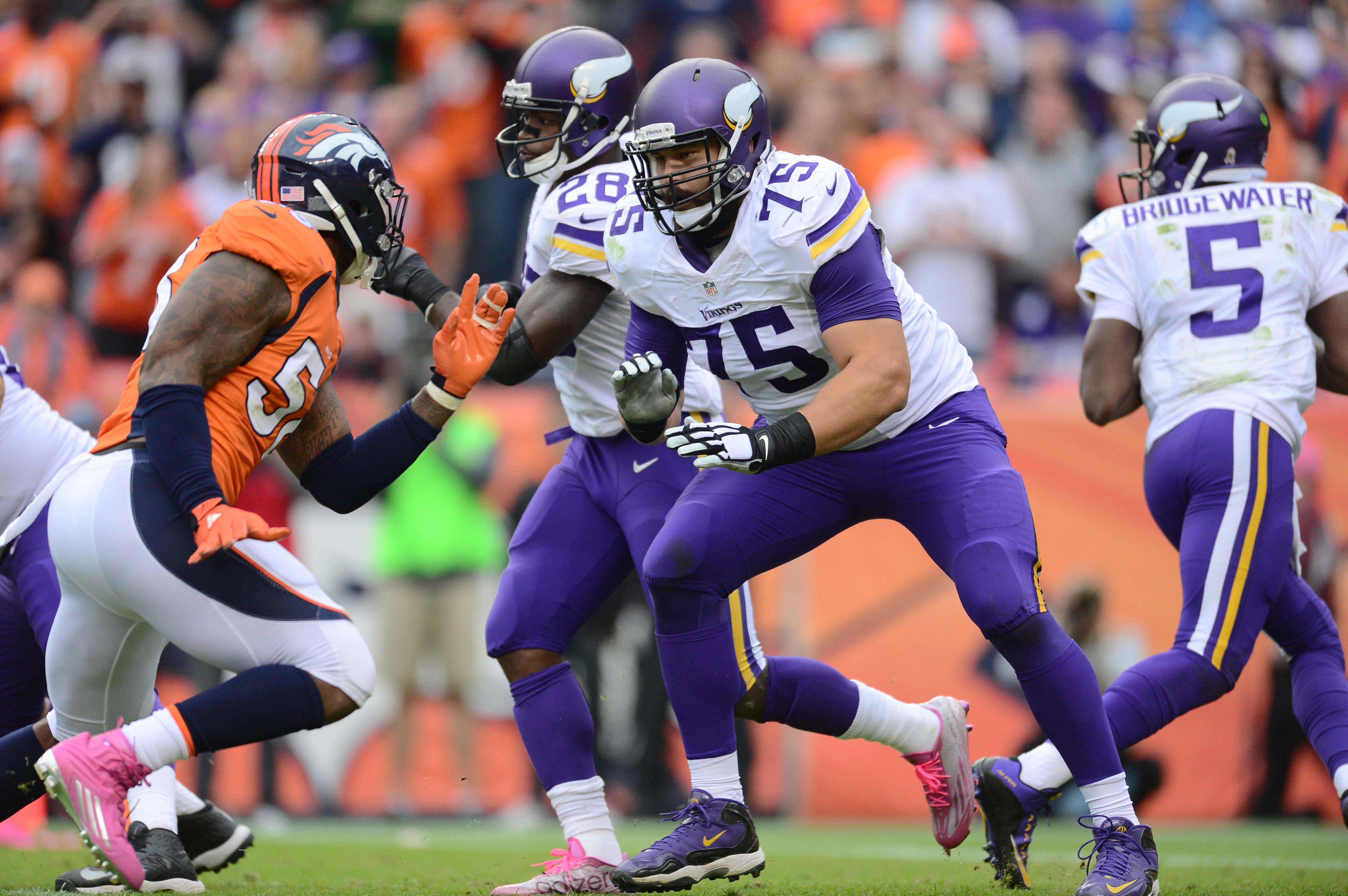 8875324-nfl-minnesota-vikings-at-denver-broncos-1