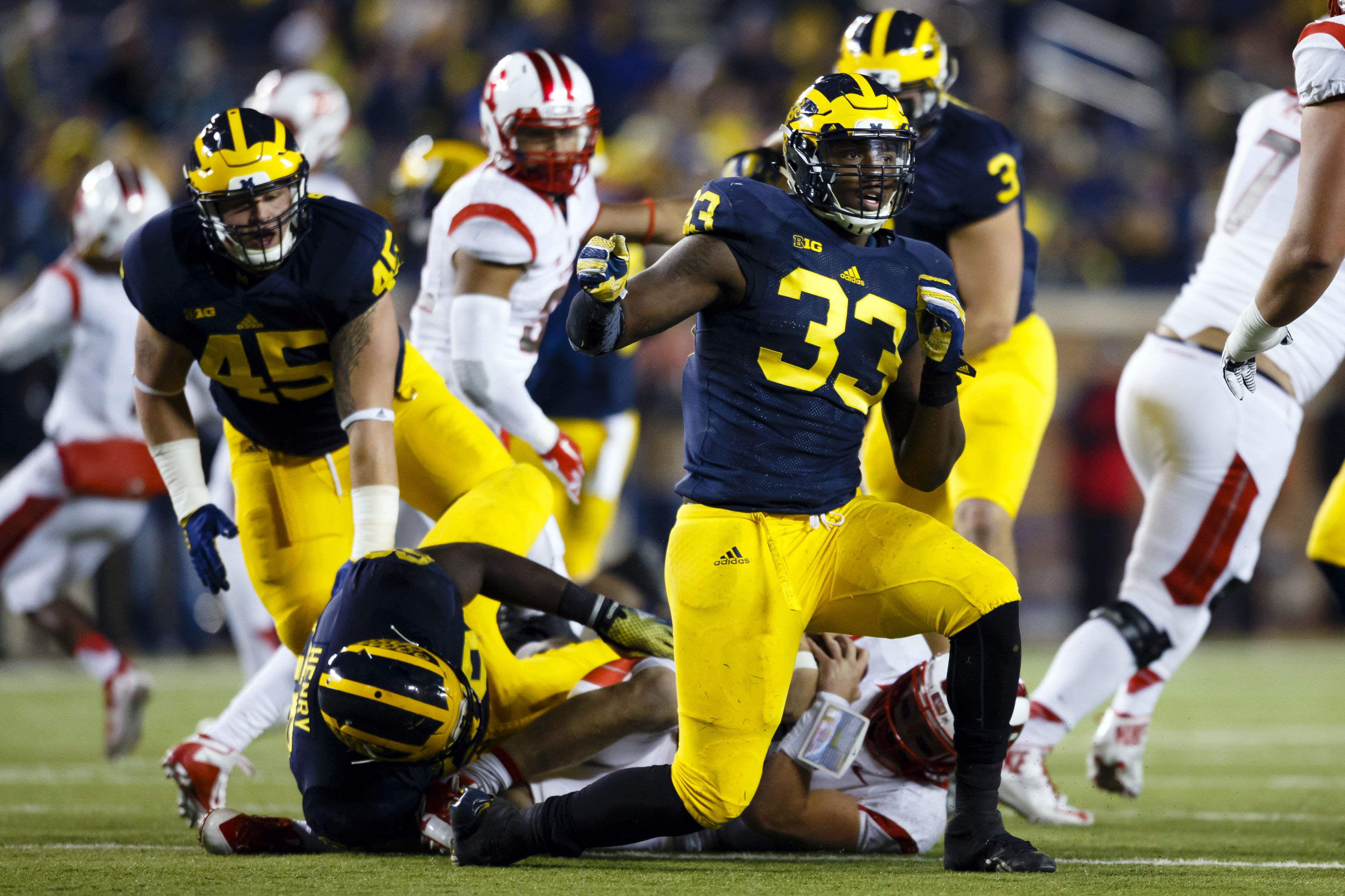 8908863-ncaa-football-rutgers-at-michigan
