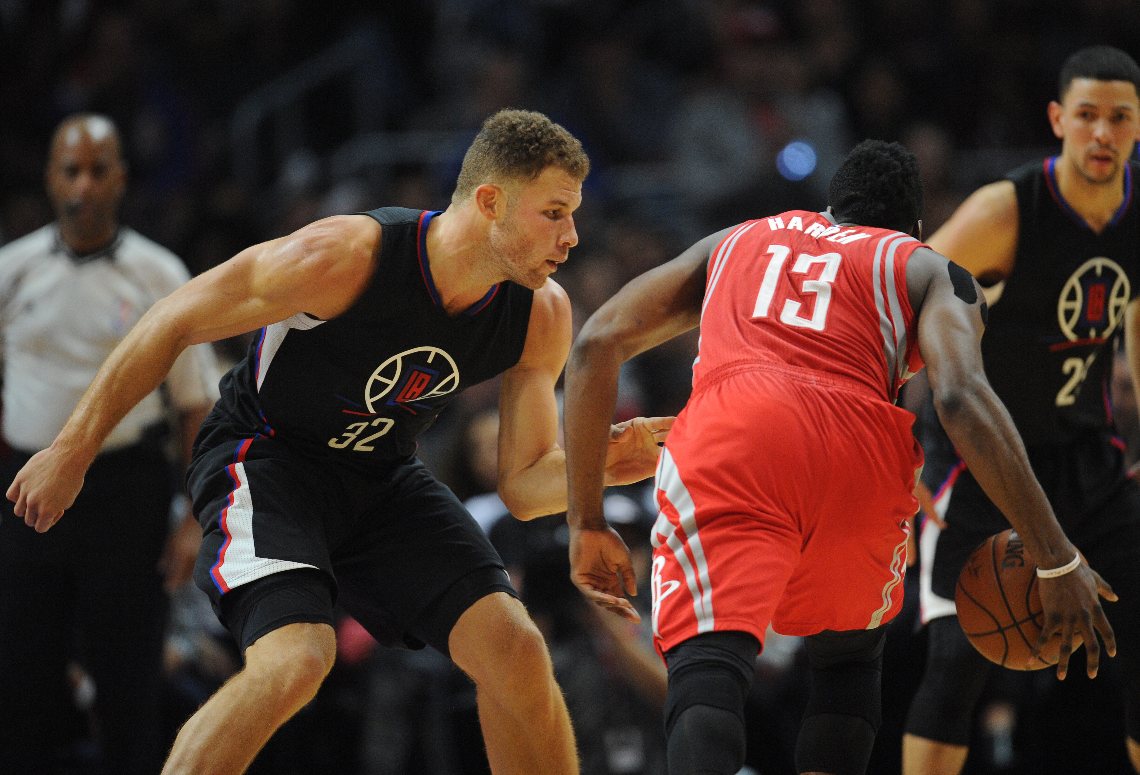 8910604-nba-houston-rockets-at-los-angeles-clippers