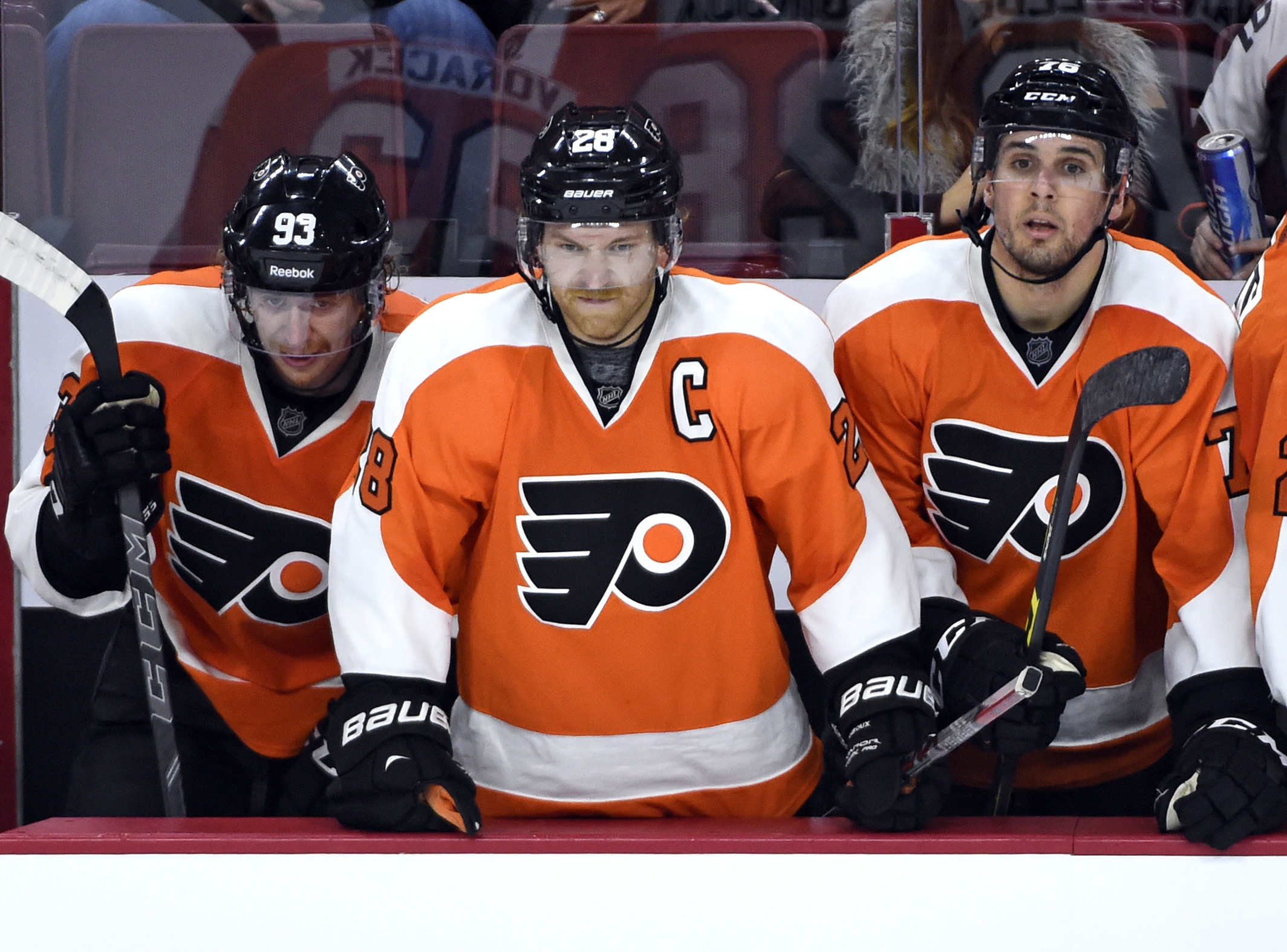 8916106-nhl-colorado-avalanche-at-philadelphia-flyers