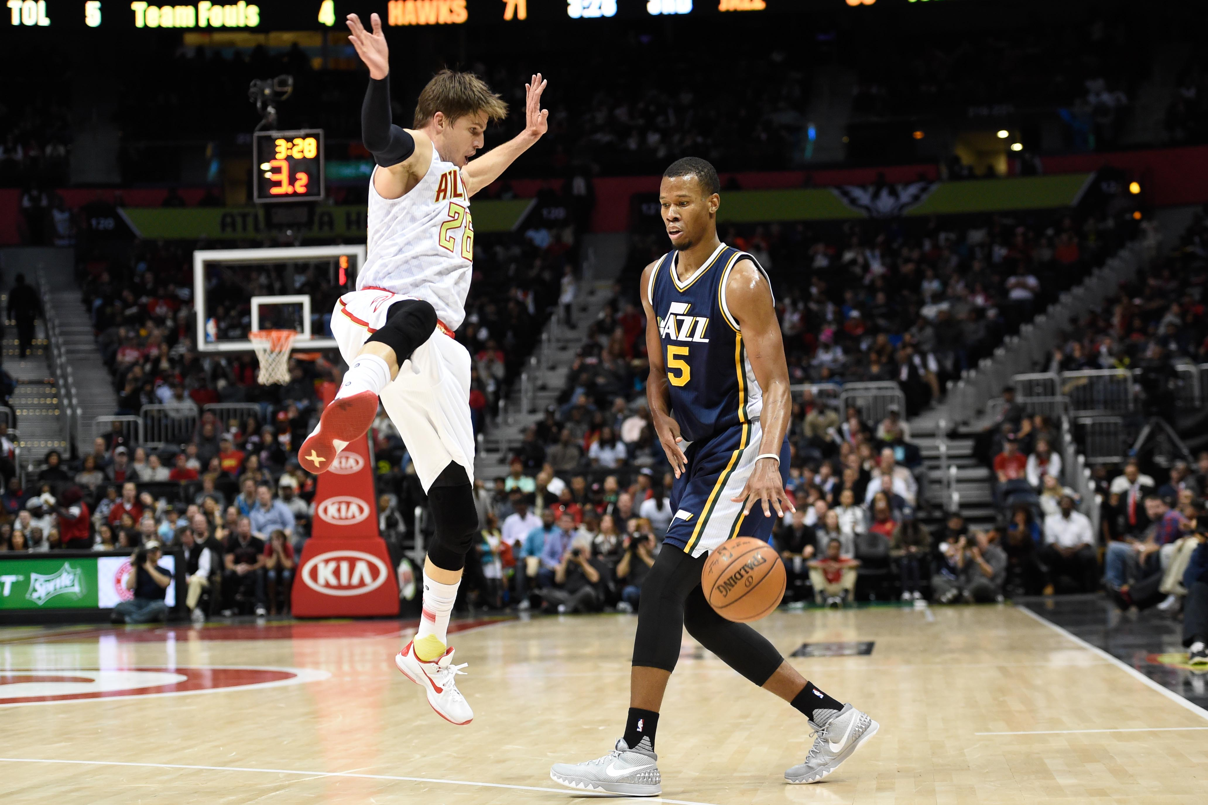 8929488-nba-utah-jazz-at-atlanta-hawks
