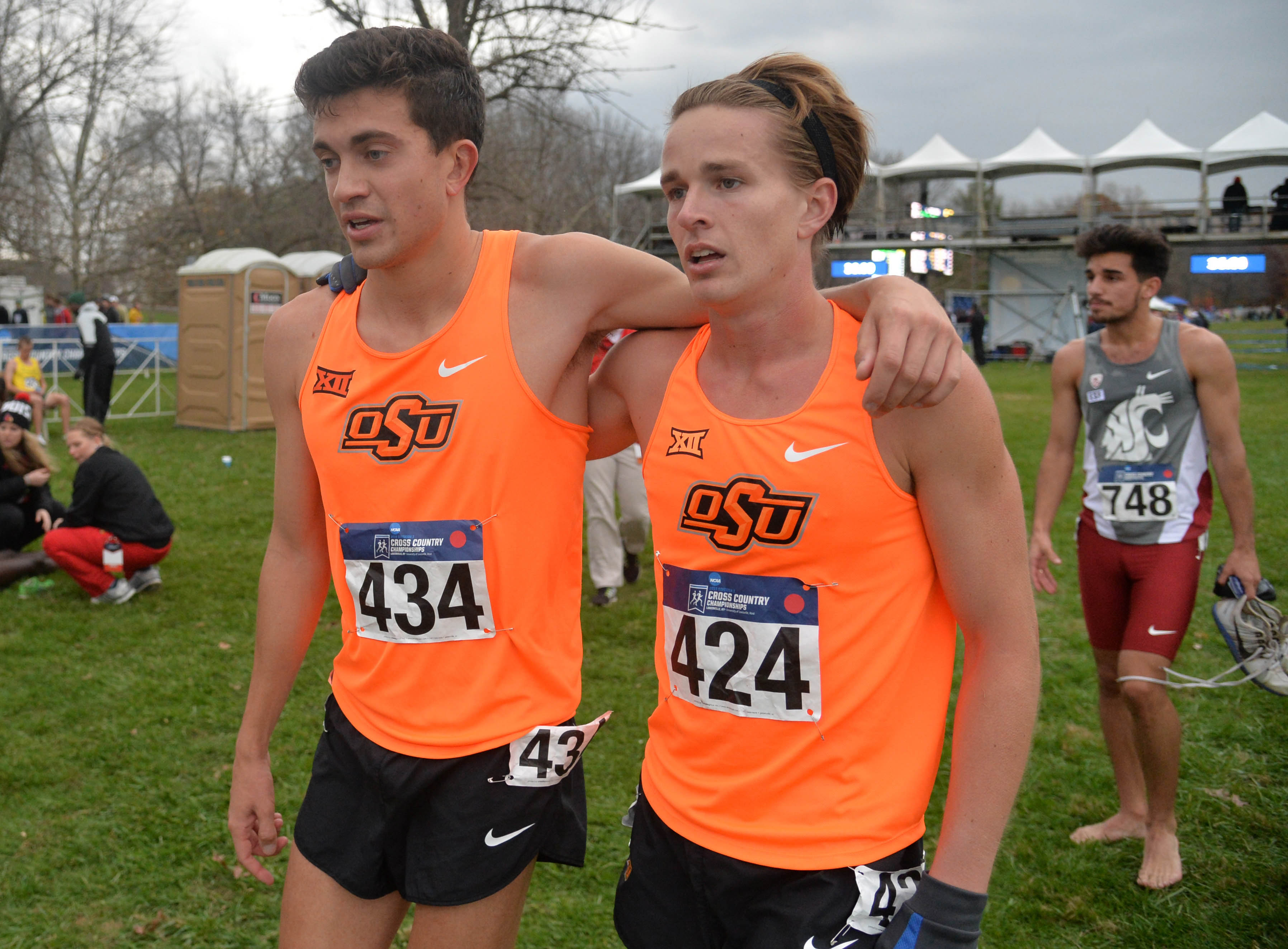 8952498-cross-country-ncaa-championships