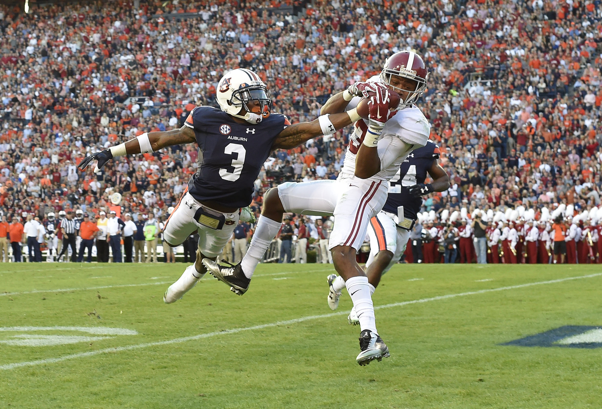Alabama Football: Is Auburn really 14.5 points better in 2017?