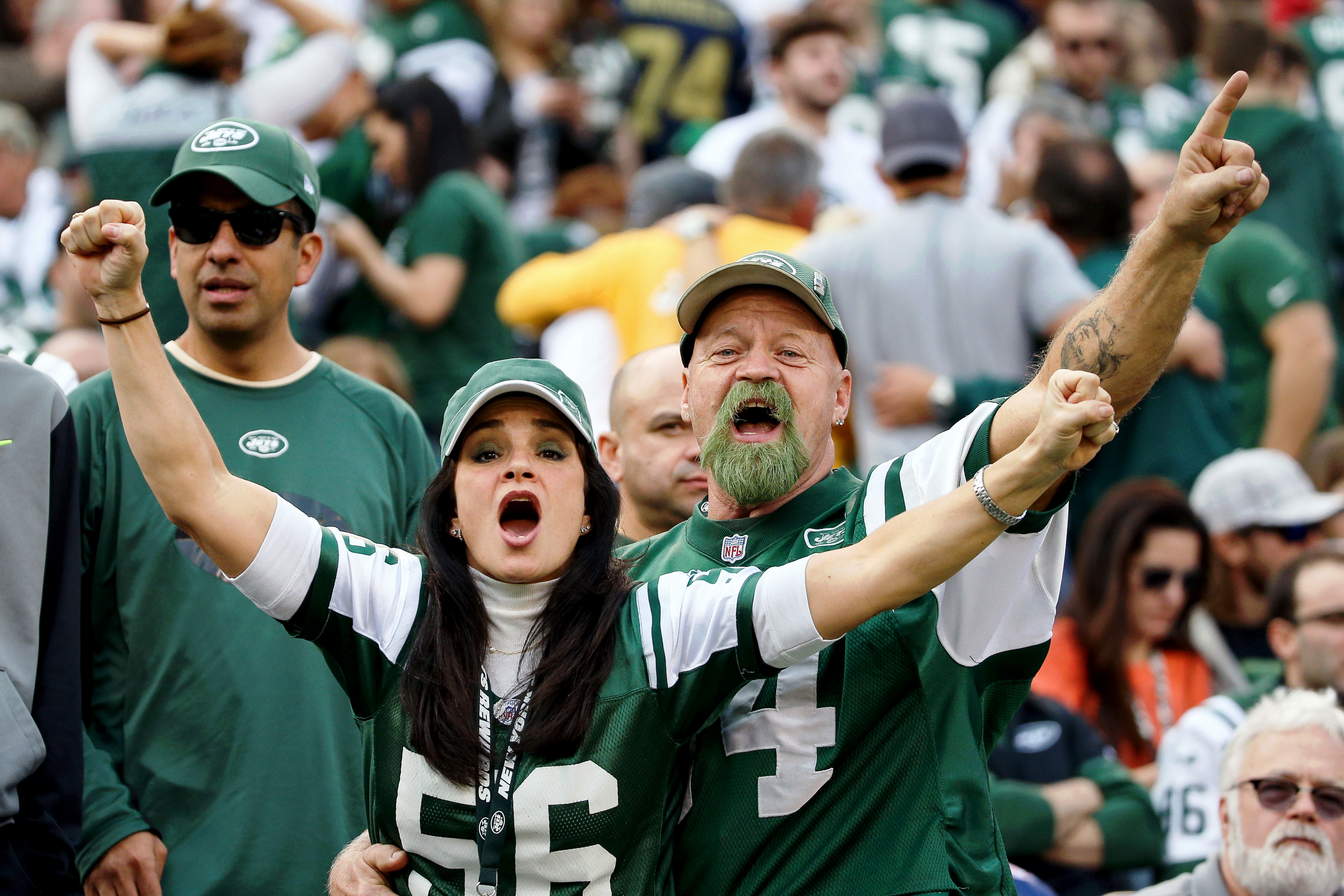 8995570-nfl-tennessee-titans-at-new-york-jets