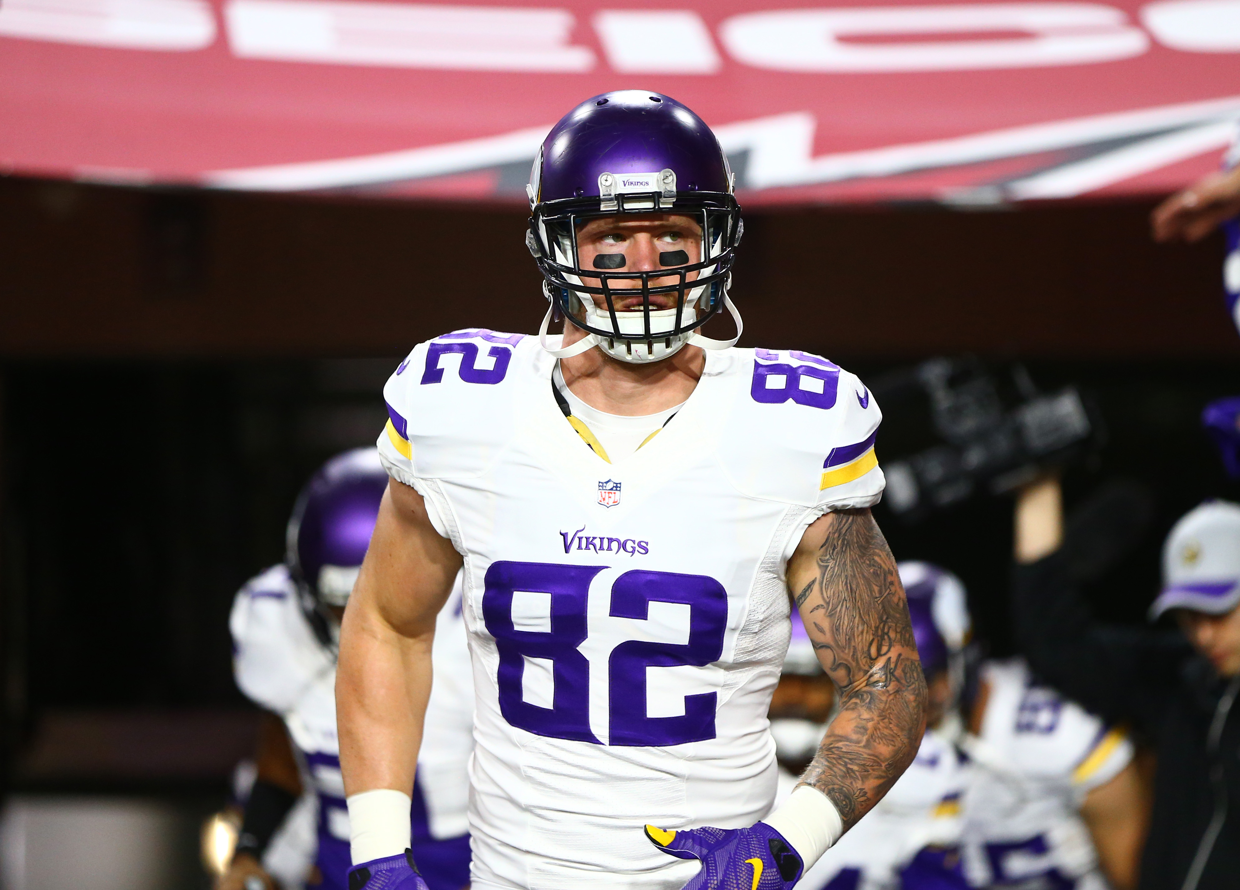 8997084-nfl-minnesota-vikings-at-arizona-cardinals