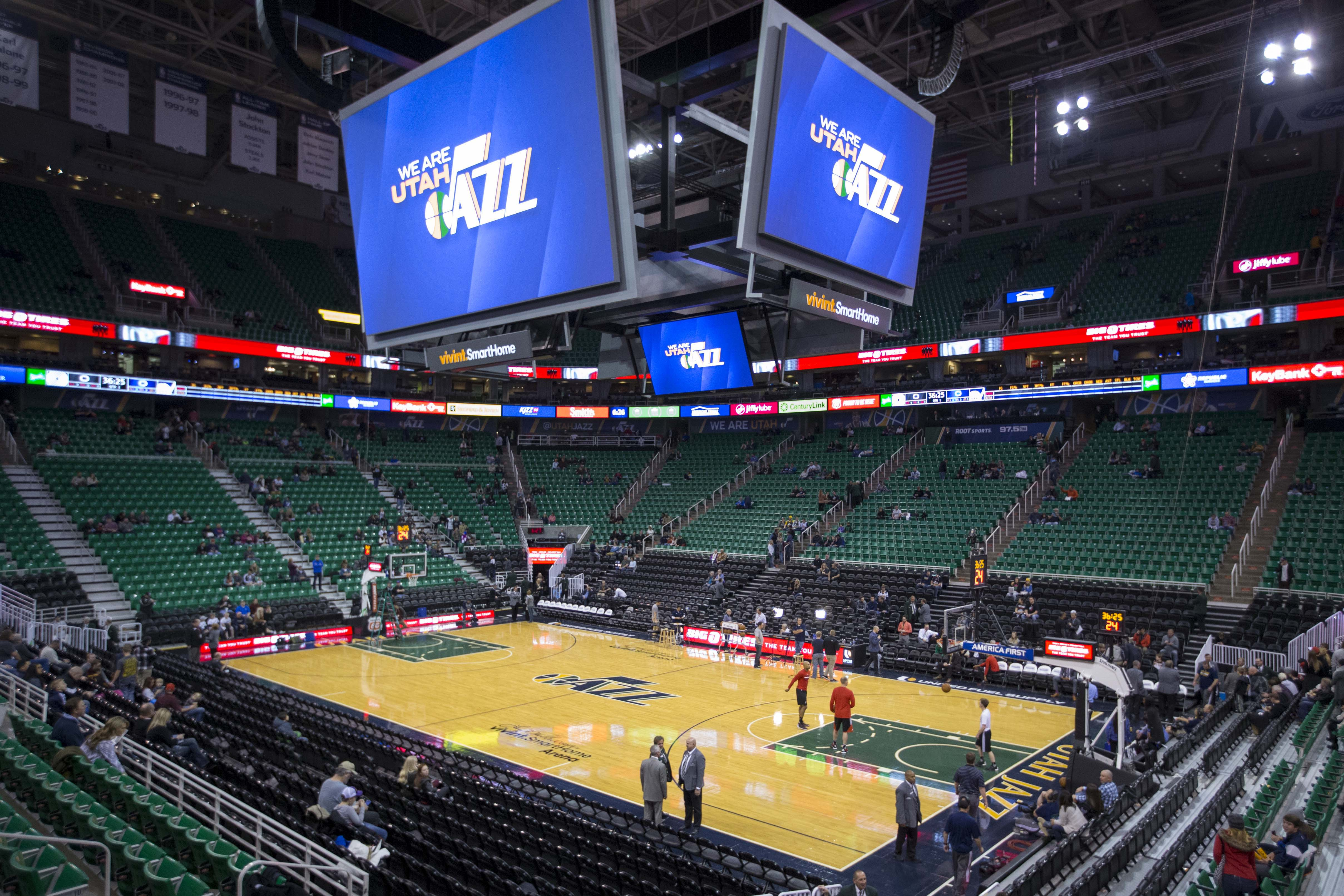 9029145-nba-portland-trail-blazers-at-utah-jazz
