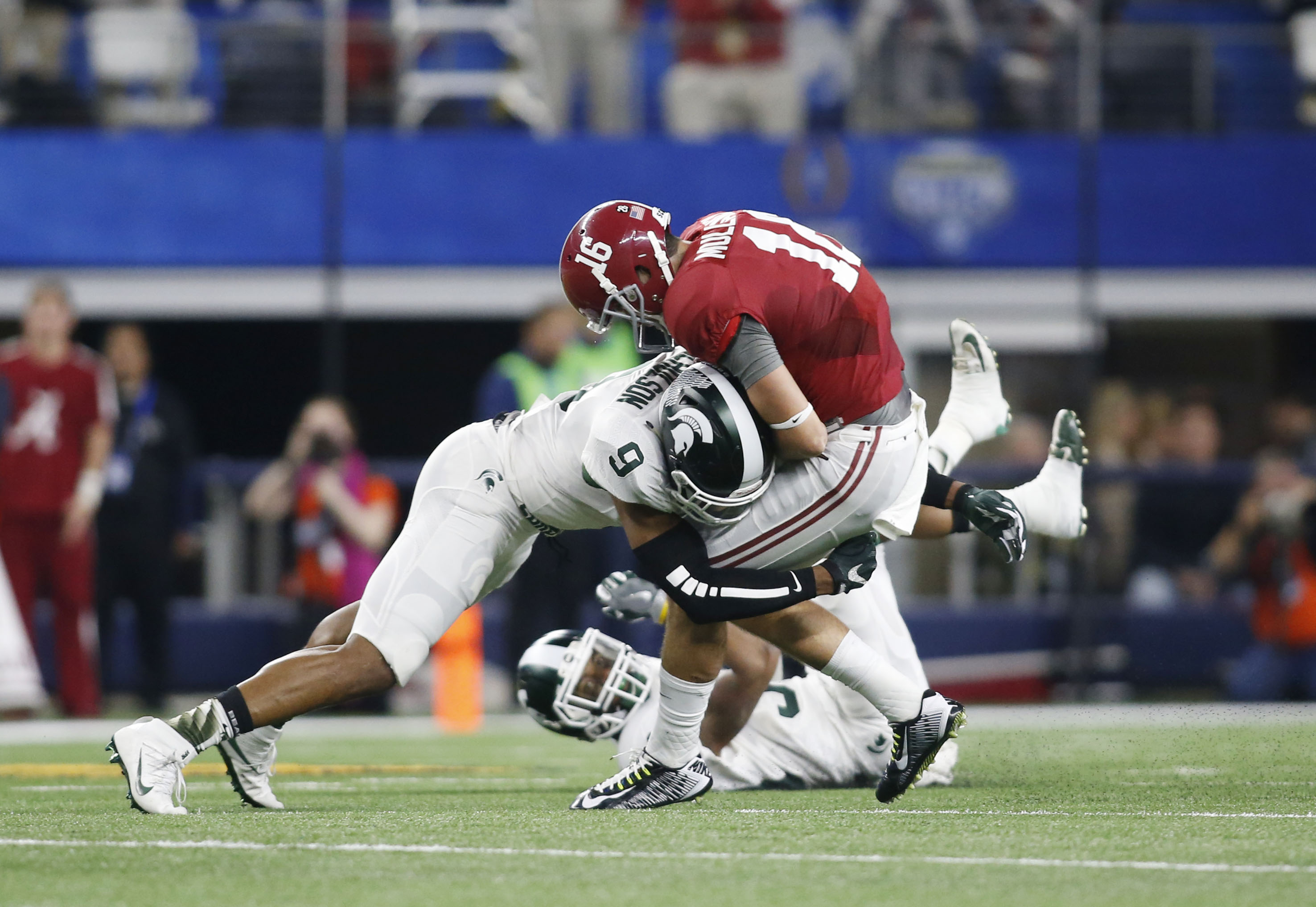 9029210-ncaa-football-cotton-bowl-michigan-state-vs-alabama