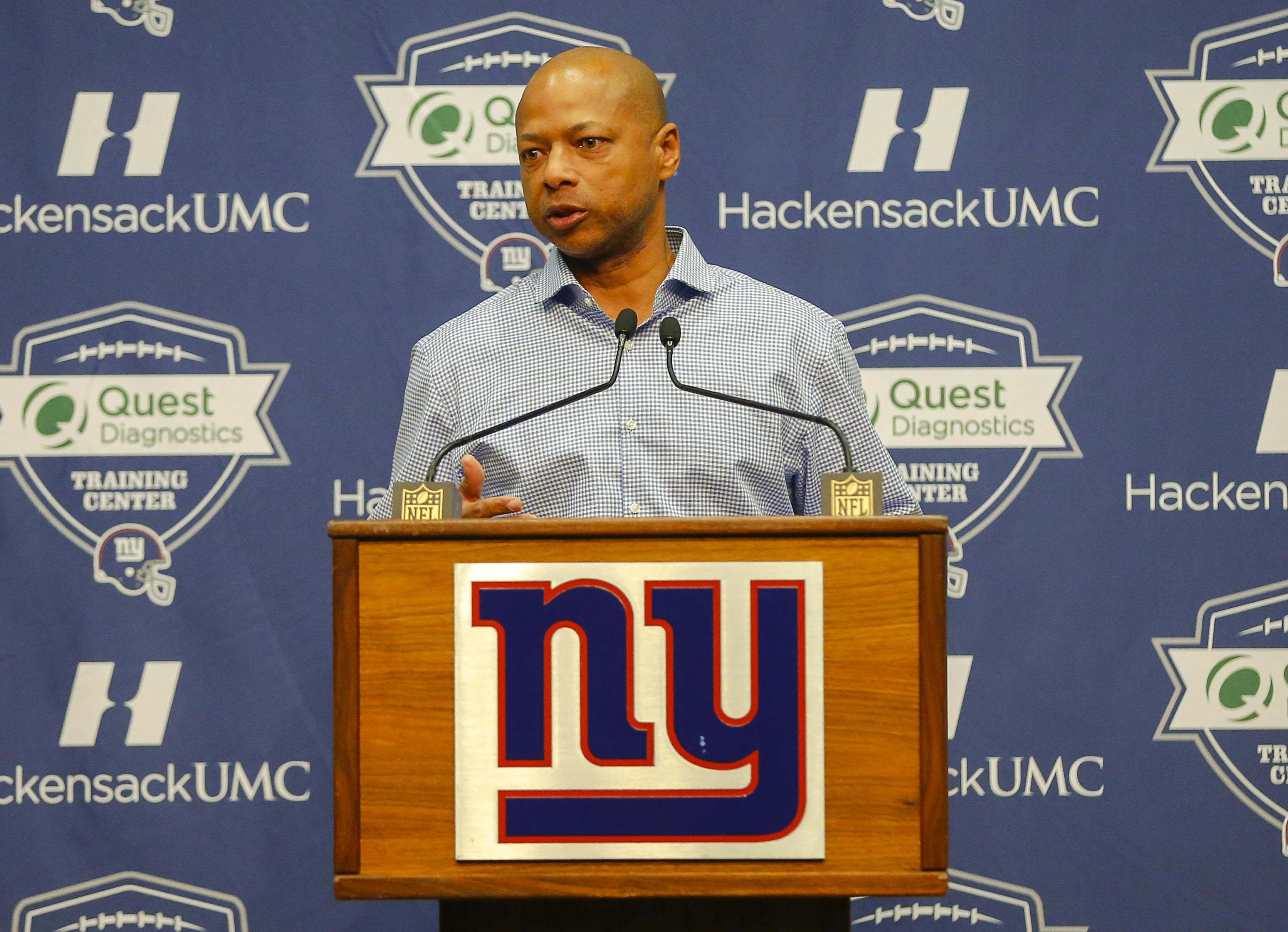 9037799-nfl-new-york-giants-press-conference