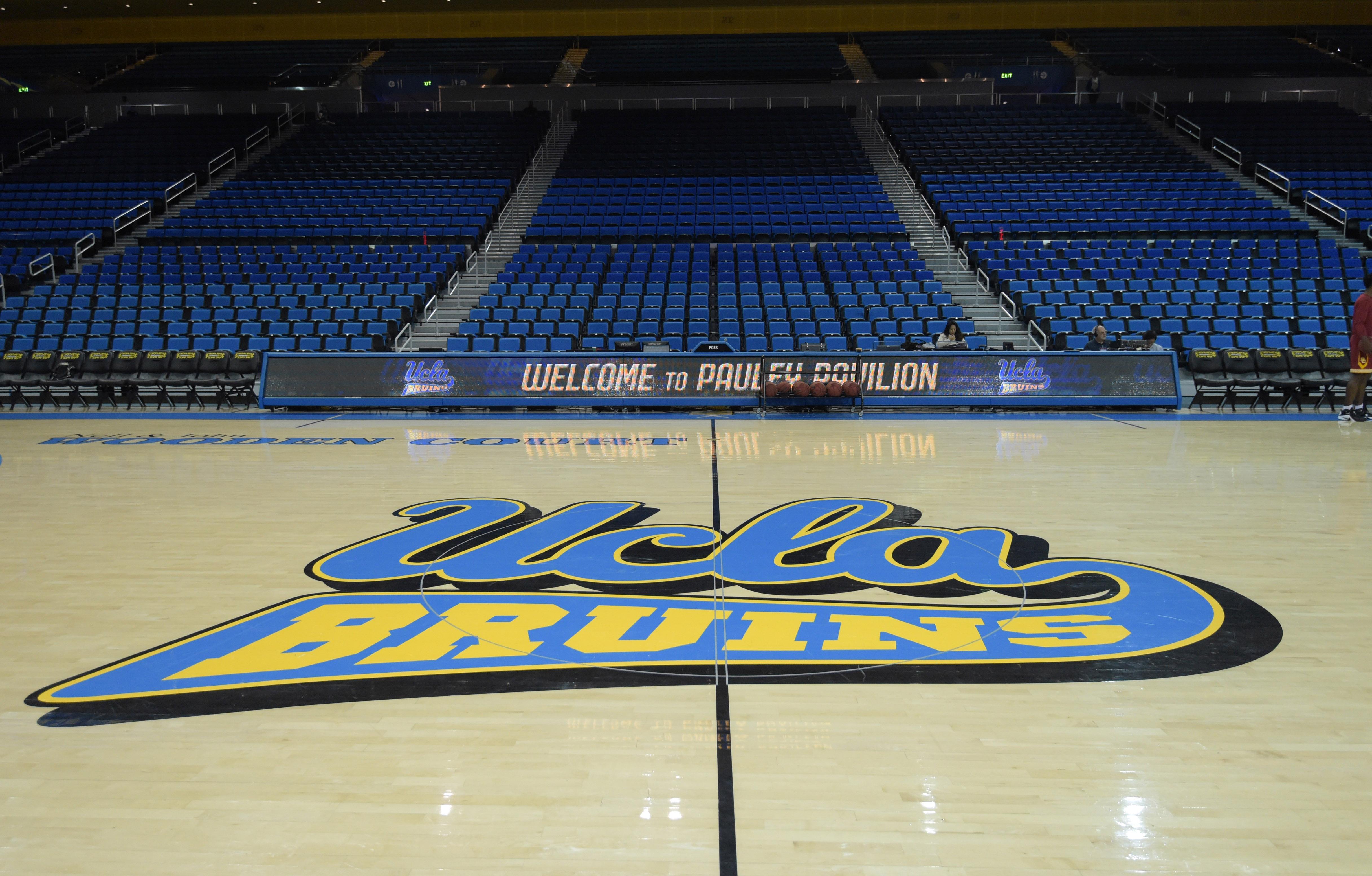 9055030-ncaa-basketball-southern-california-at-ucla
