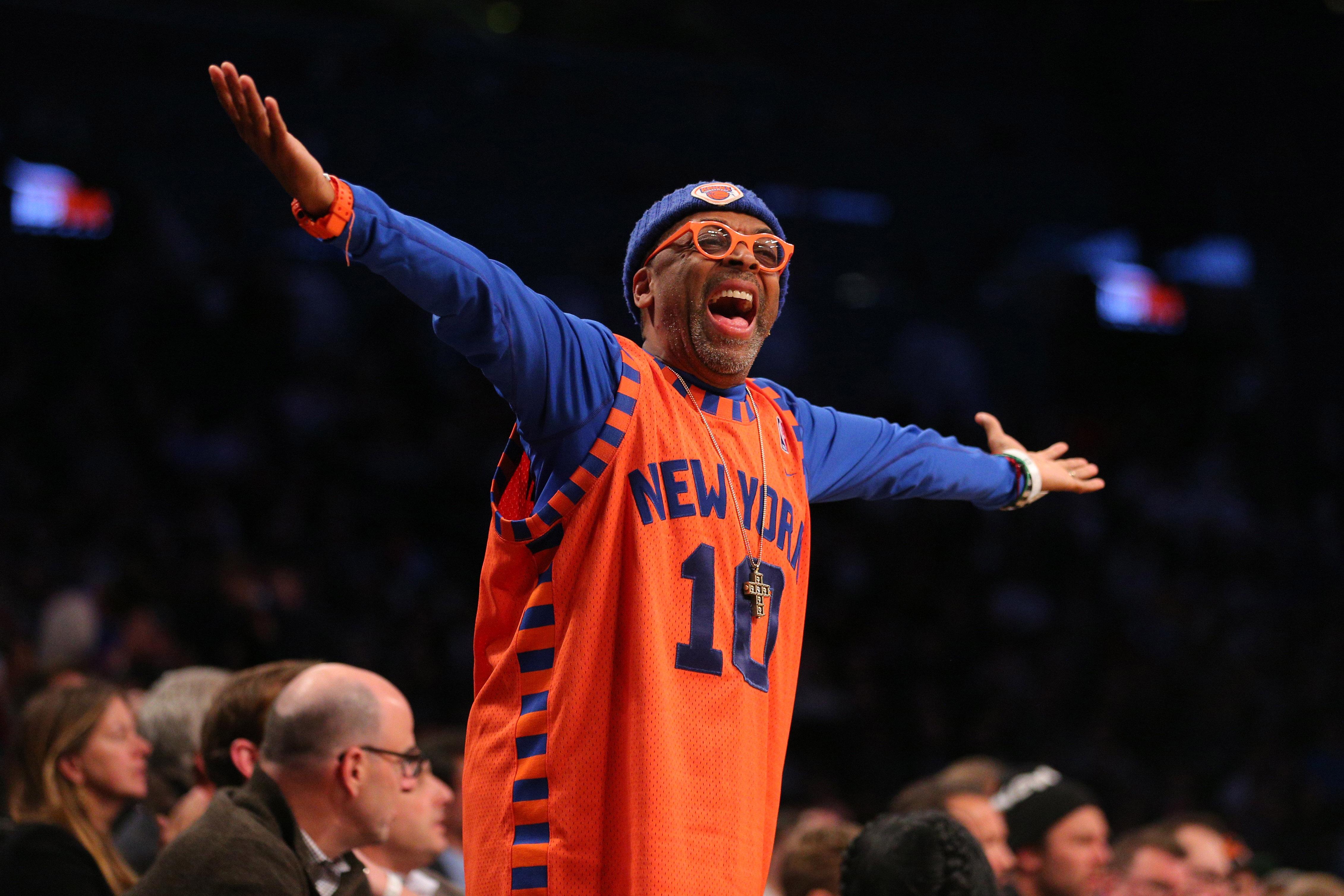 New York Knicks: New York Knicks: Spike Lee Will 'Pack Bags For' Phil Jackson