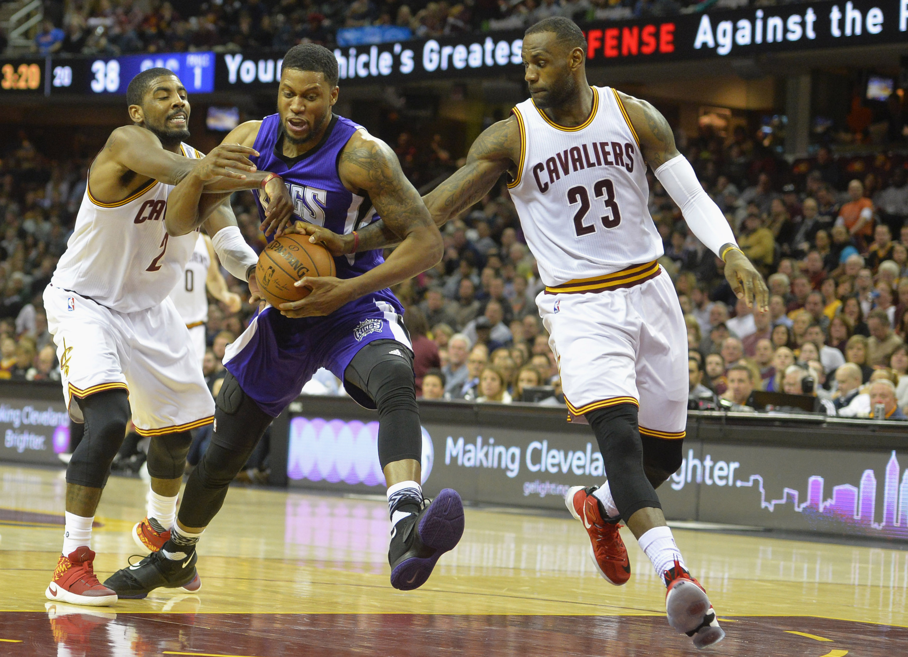 9103271-nba-sacramento-kings-at-cleveland-cavaliers