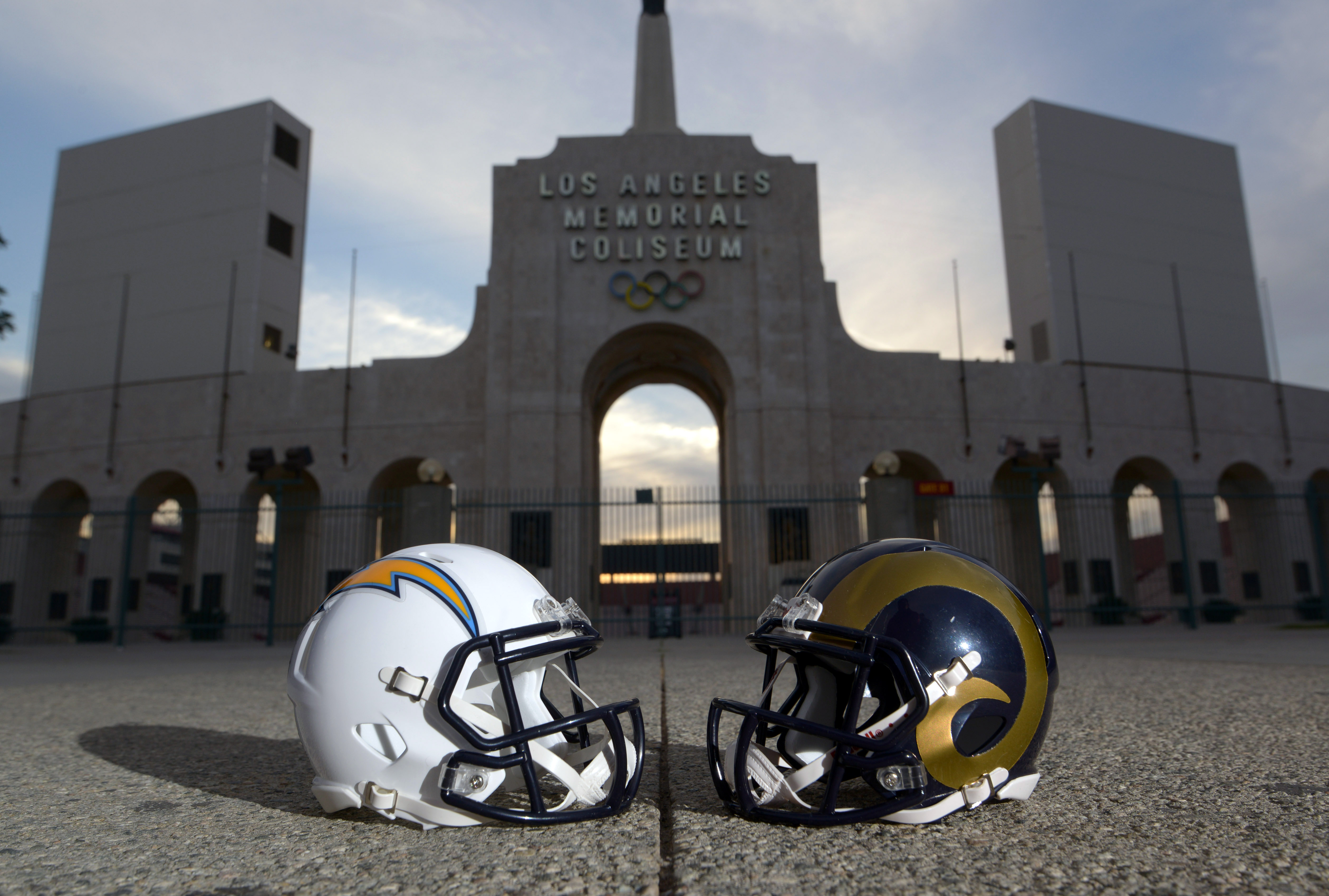 9157658-nfl-los-angeles-rams-press-conference