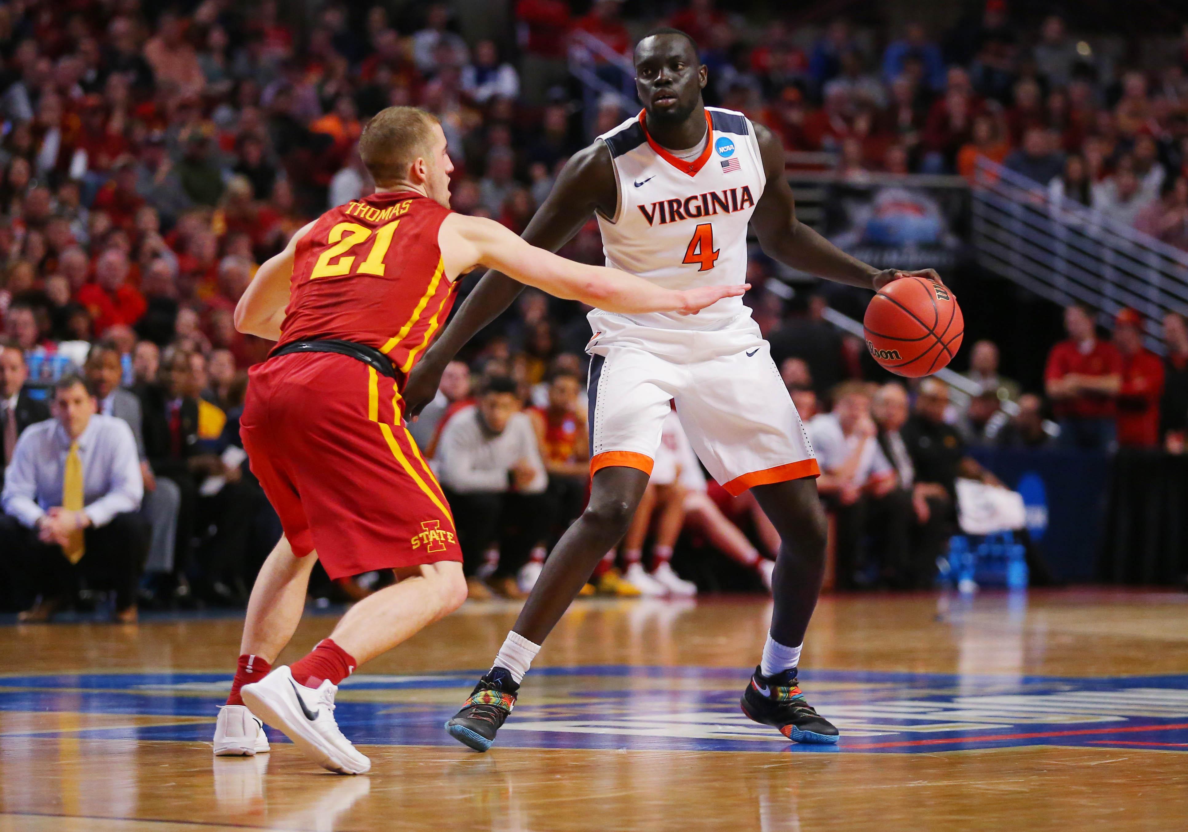 9211072-ncaa-basketball-ncaa-tournament-midwest-regional-iowa-state-vs-virginia