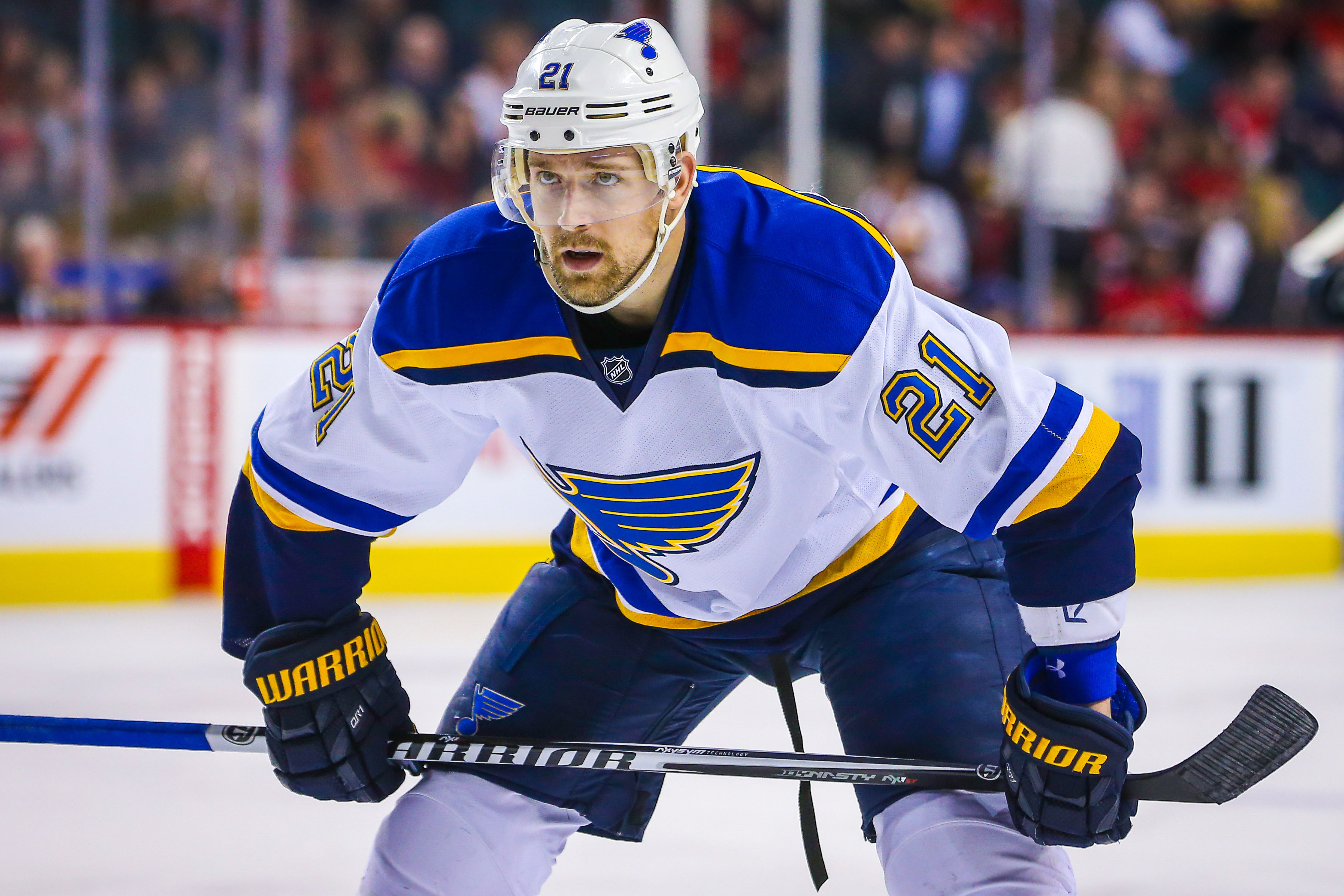 9214189-nhl-st.-louis-blues-at-calgary-flames