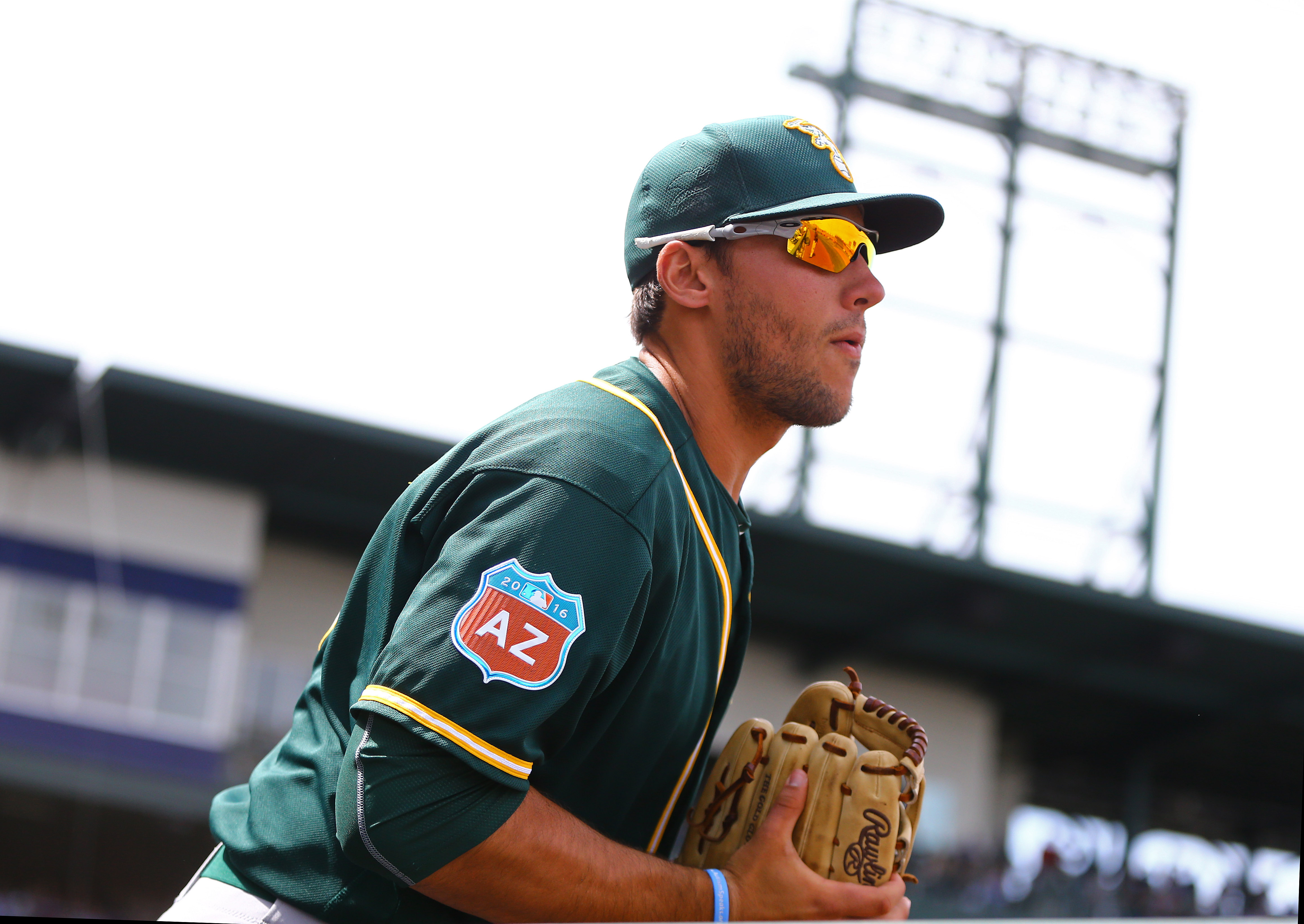 9220976-mlb-spring-training-oakland-athletics-at-chicago-cubs