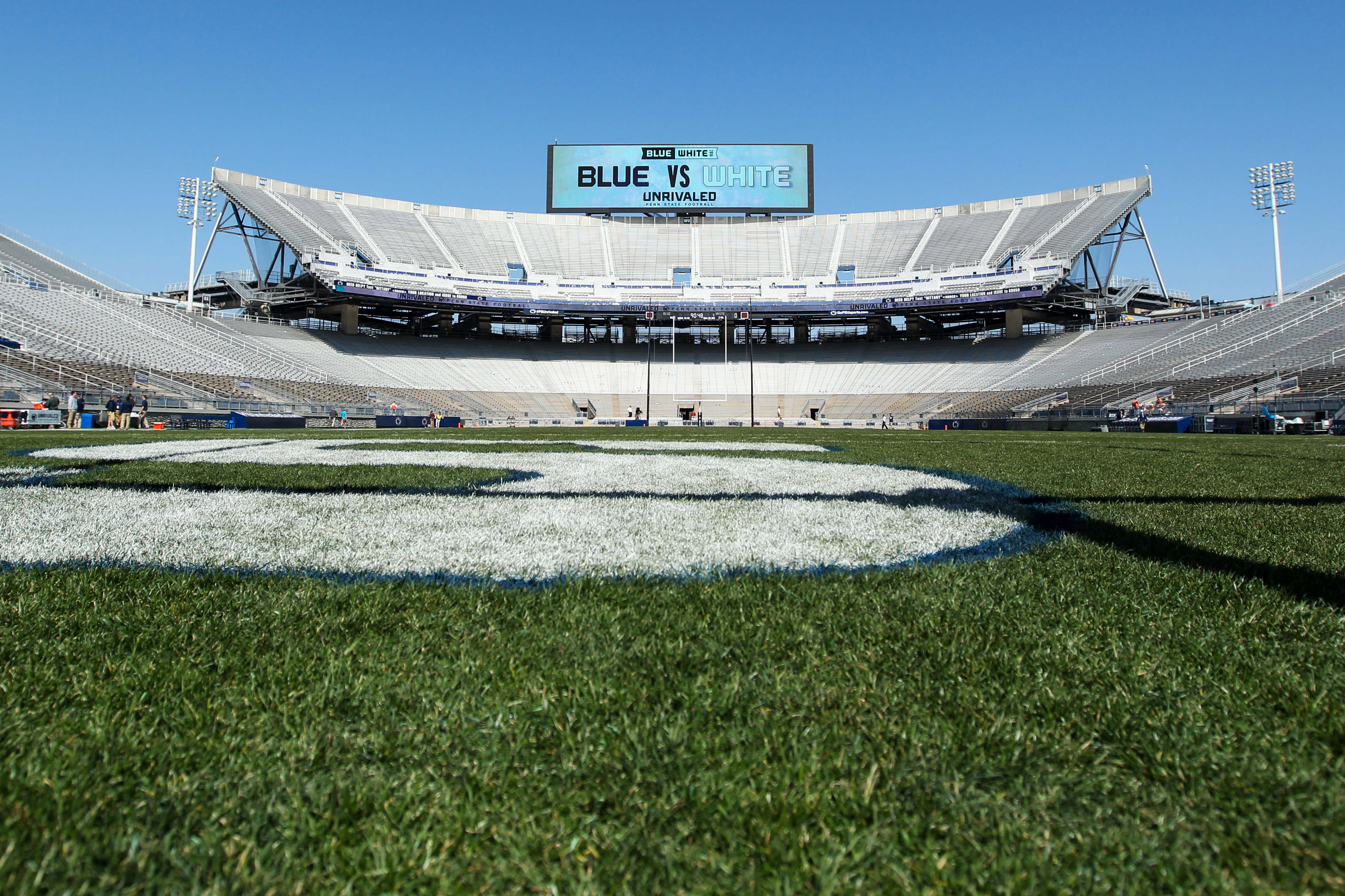 9253628-ncaa-football-penn-state-spring-game