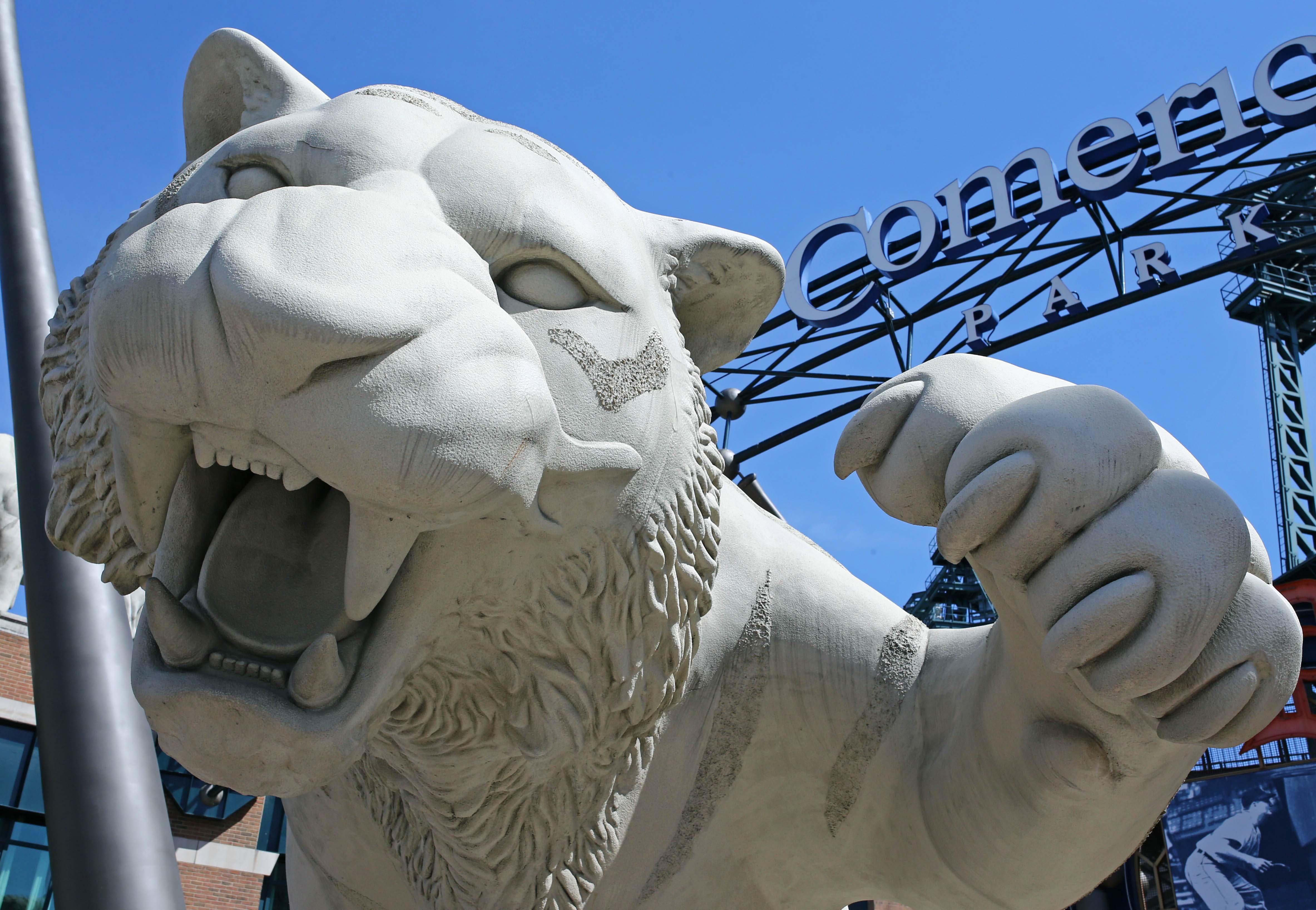 9276021-mlb-cleveland-indians-at-detroit-tigers