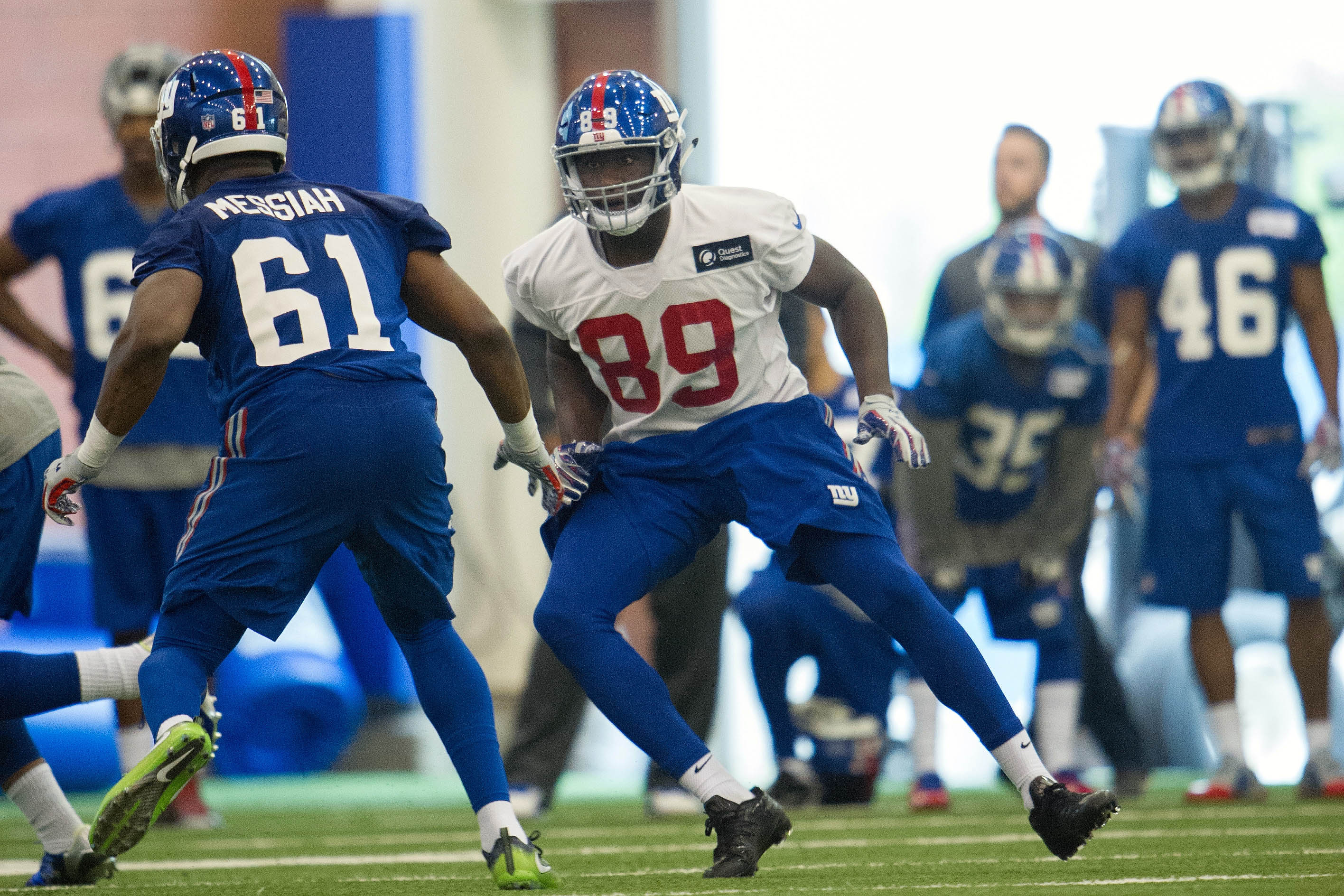 9283712-nfl-new-york-giants-rookie-minicamp