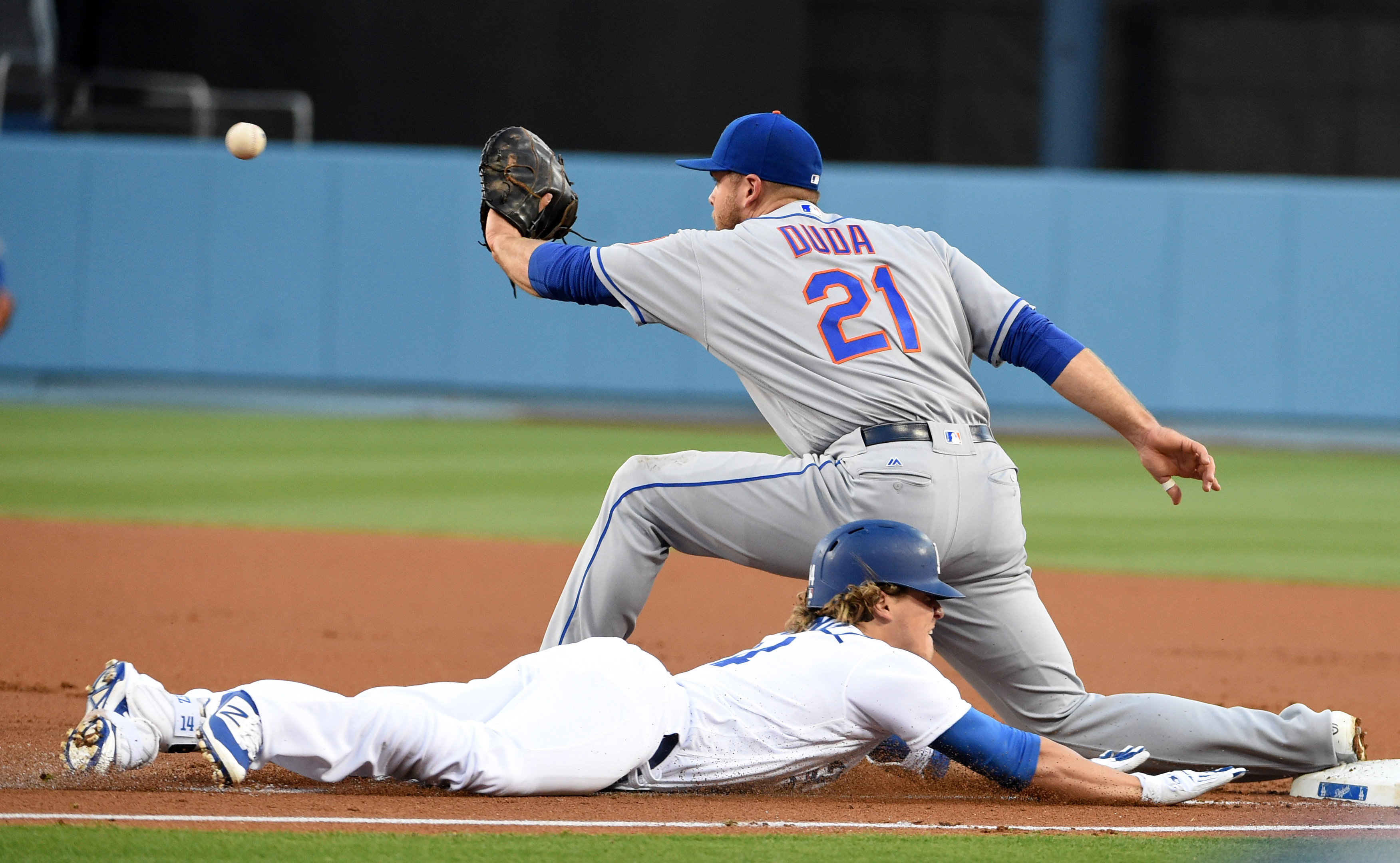 9288918-mlb-new-york-mets-at-los-angeles-dodgers