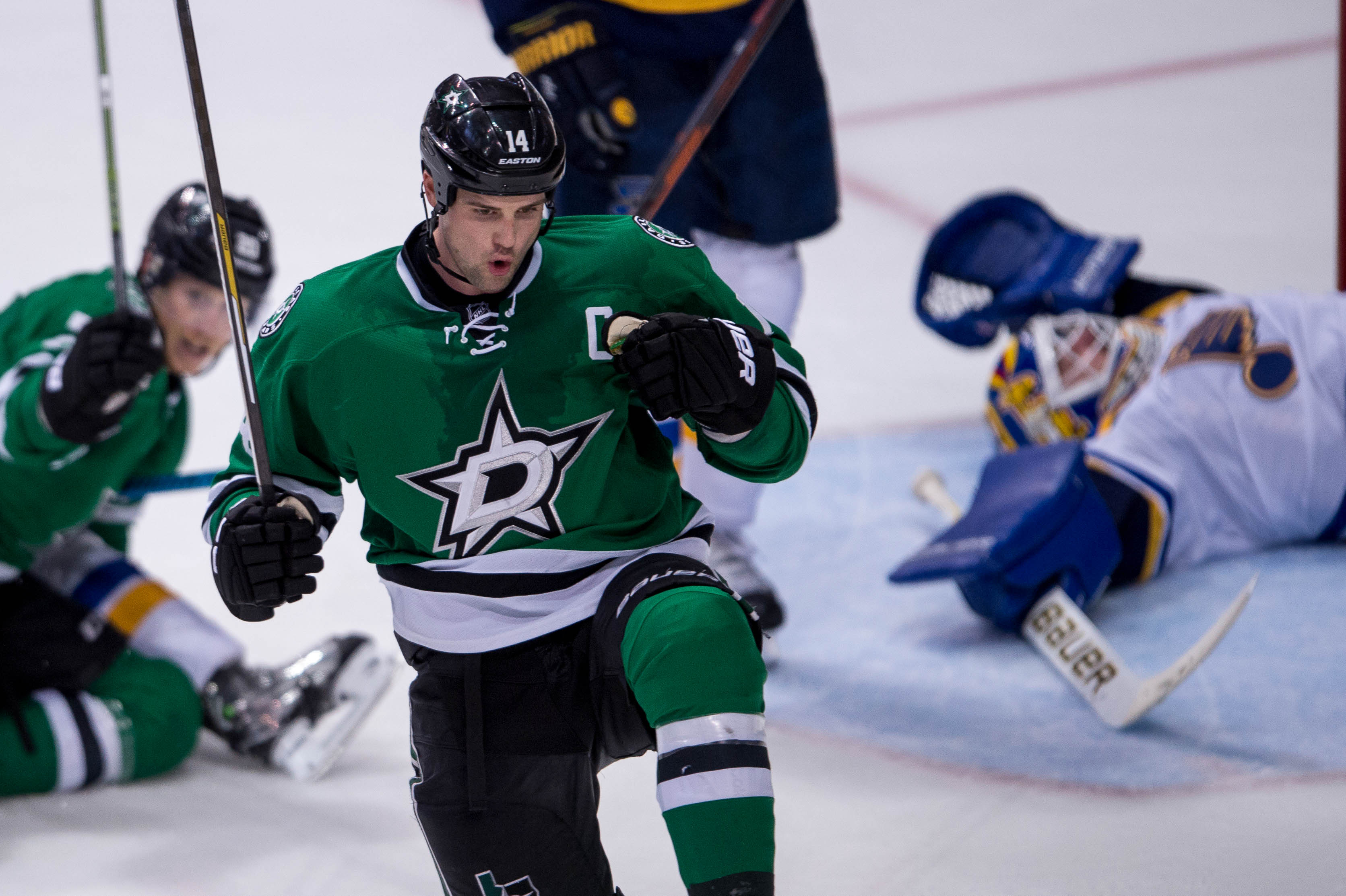 9296789-nhl-stanley-cup-playoffs-st.-louis-blues-at-dallas-stars