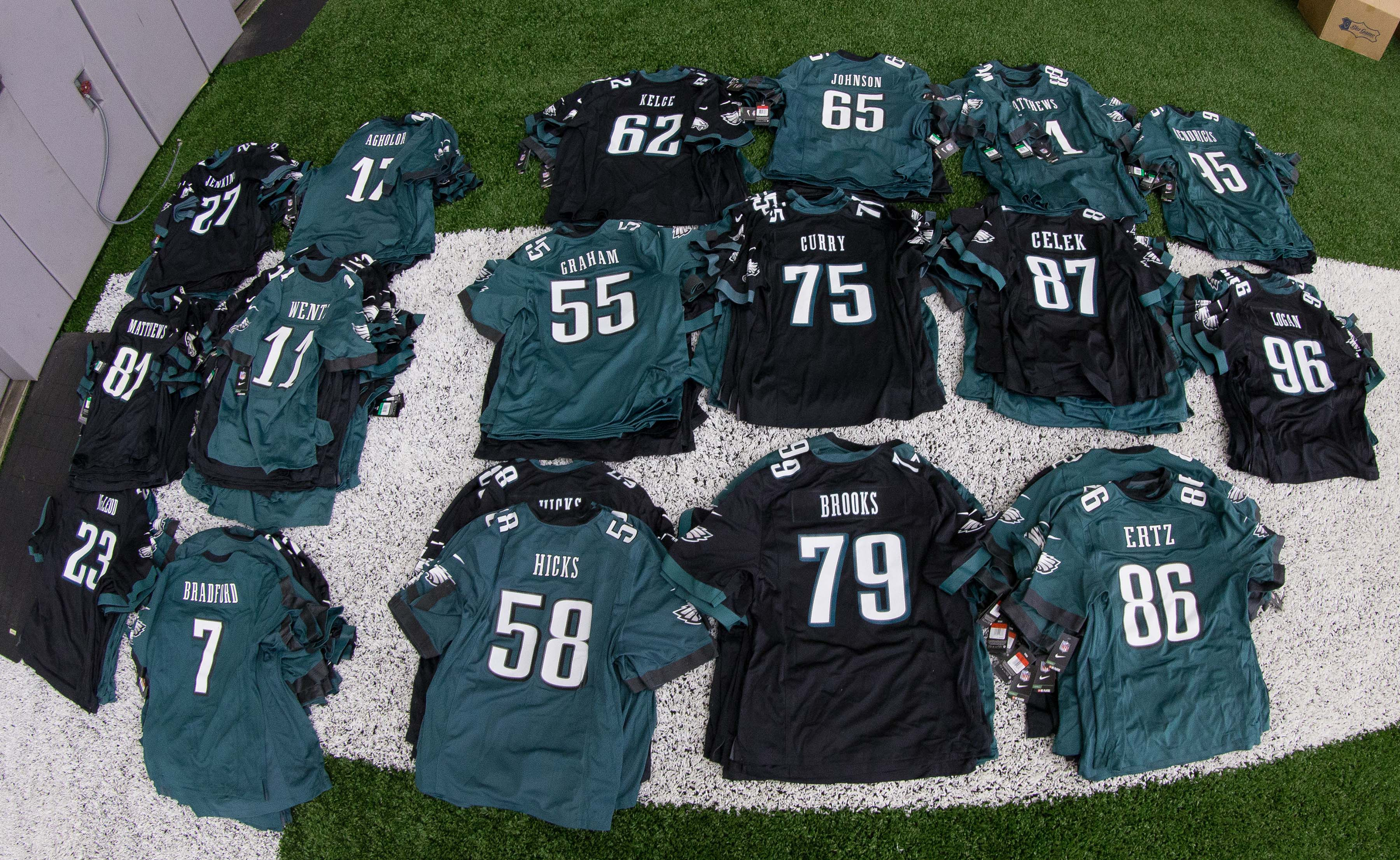 9307515-nfl-philadelphia-eagles-ota