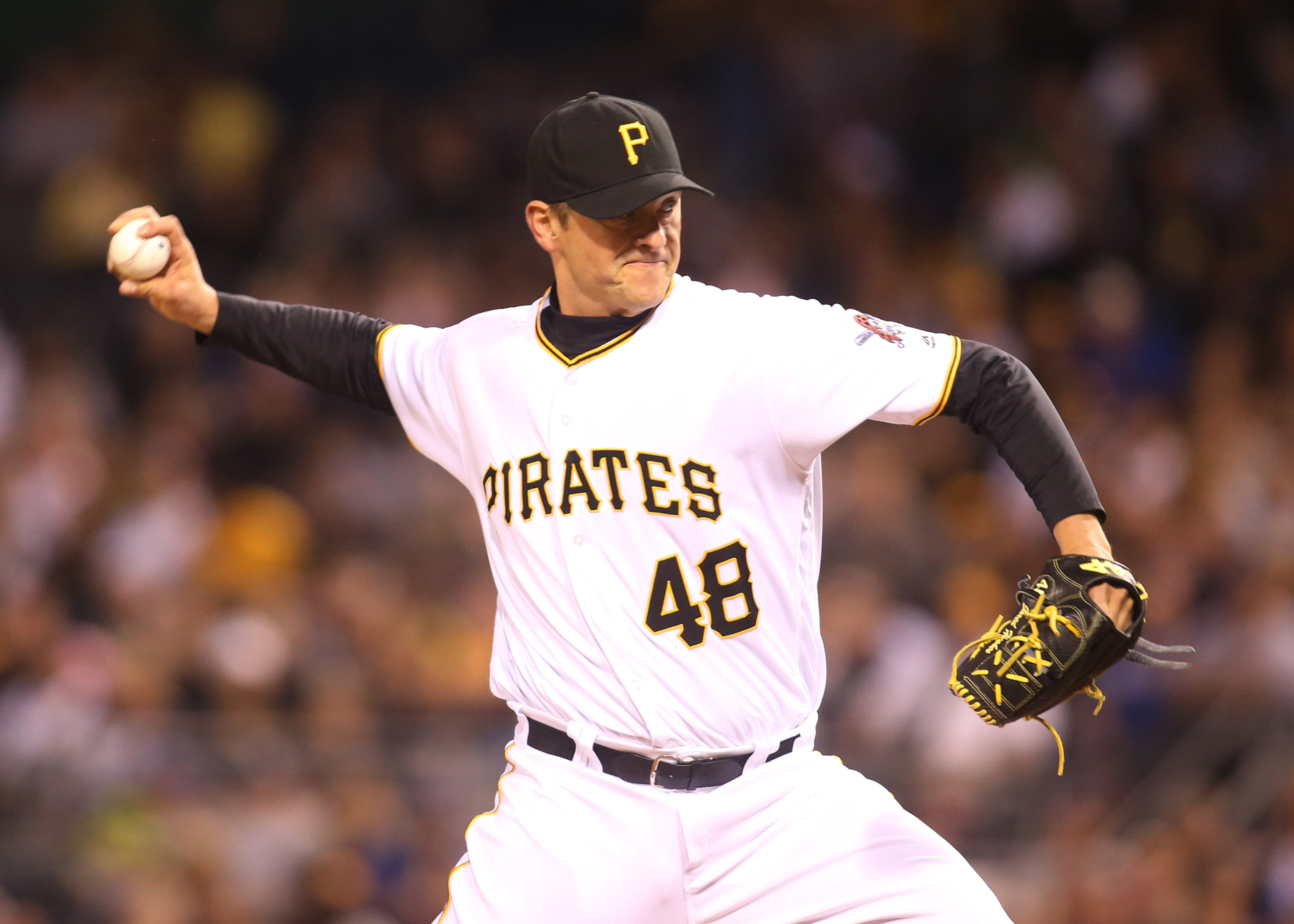 9328824-mlb-game-two-new-york-mets-at-pittsburgh-pirates