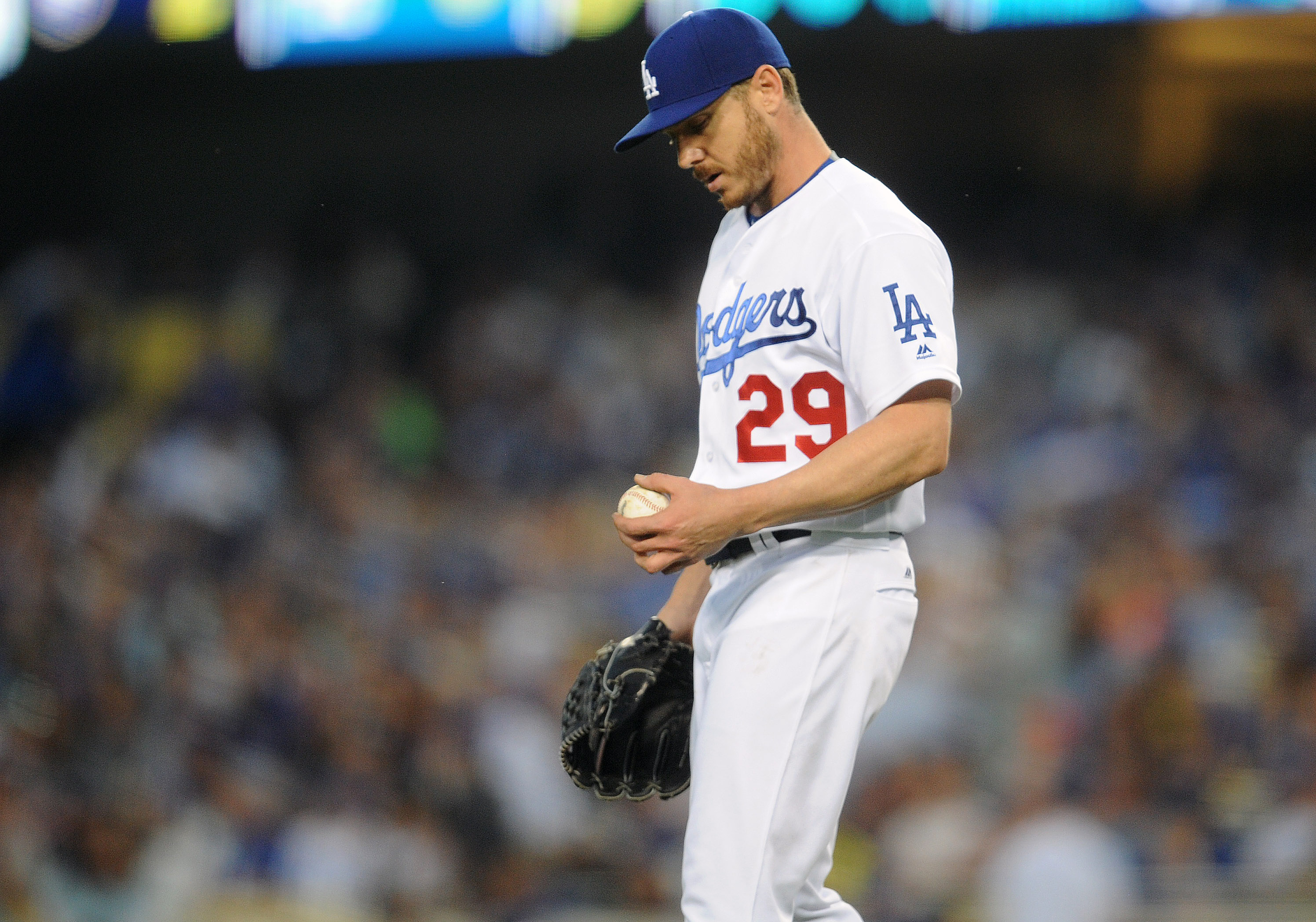 9344805-mlb-milwaukee-brewers-at-los-angeles-dodgers