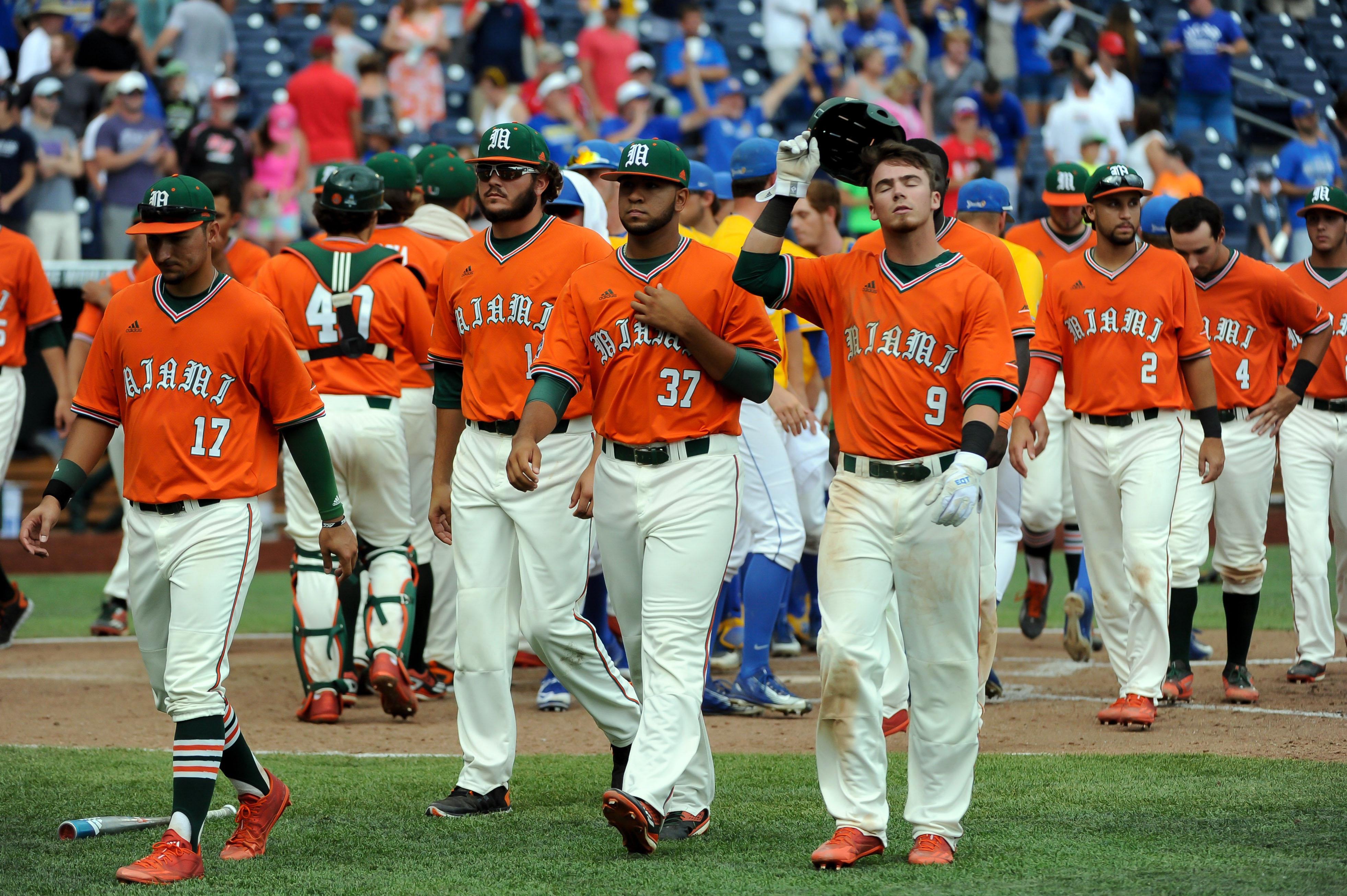 9349985-ncaa-baseball-college-world-series-miami-vs-uc-santa-barbara