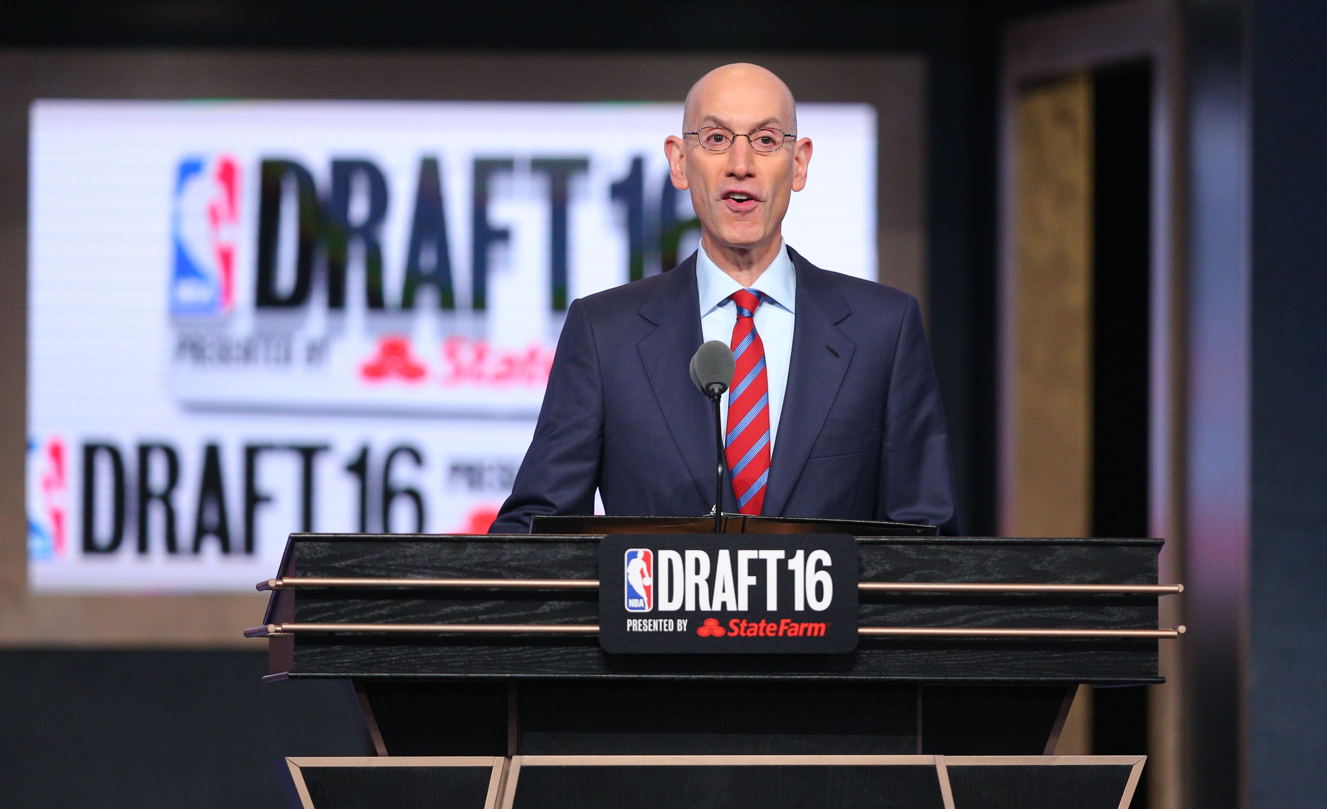 atlanta hawks to 19th in 2017 nba draft