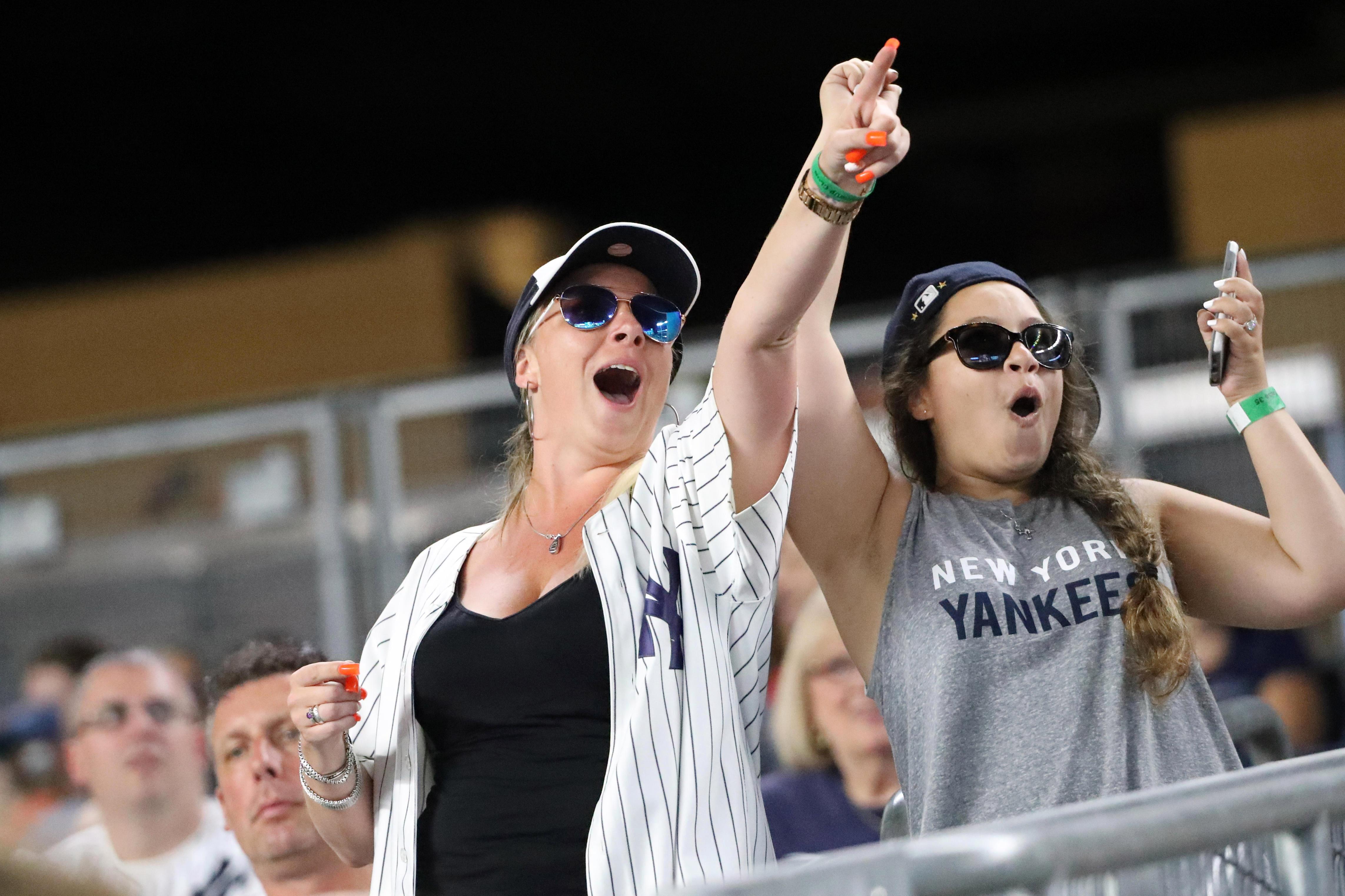9354992-mlb-minnesota-twins-at-new-york-yankees