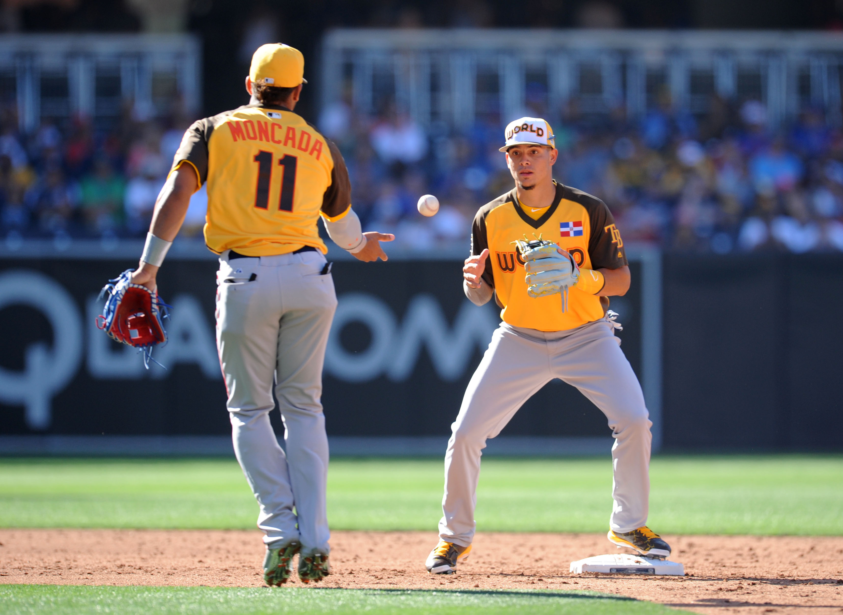 9378718-mlb-all-star-game-all-star-futures-game