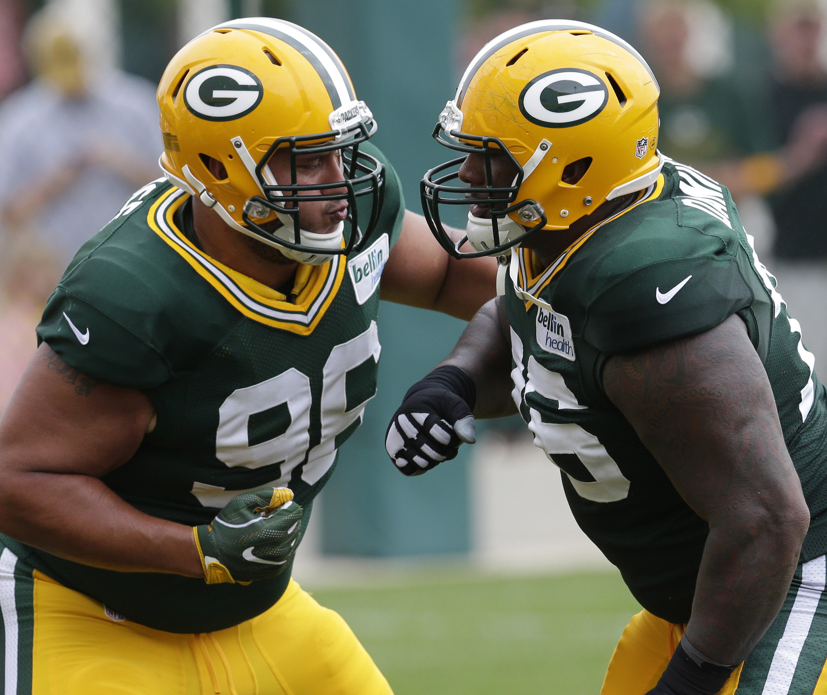 9411112-nfl-green-bay-packers-training-camp