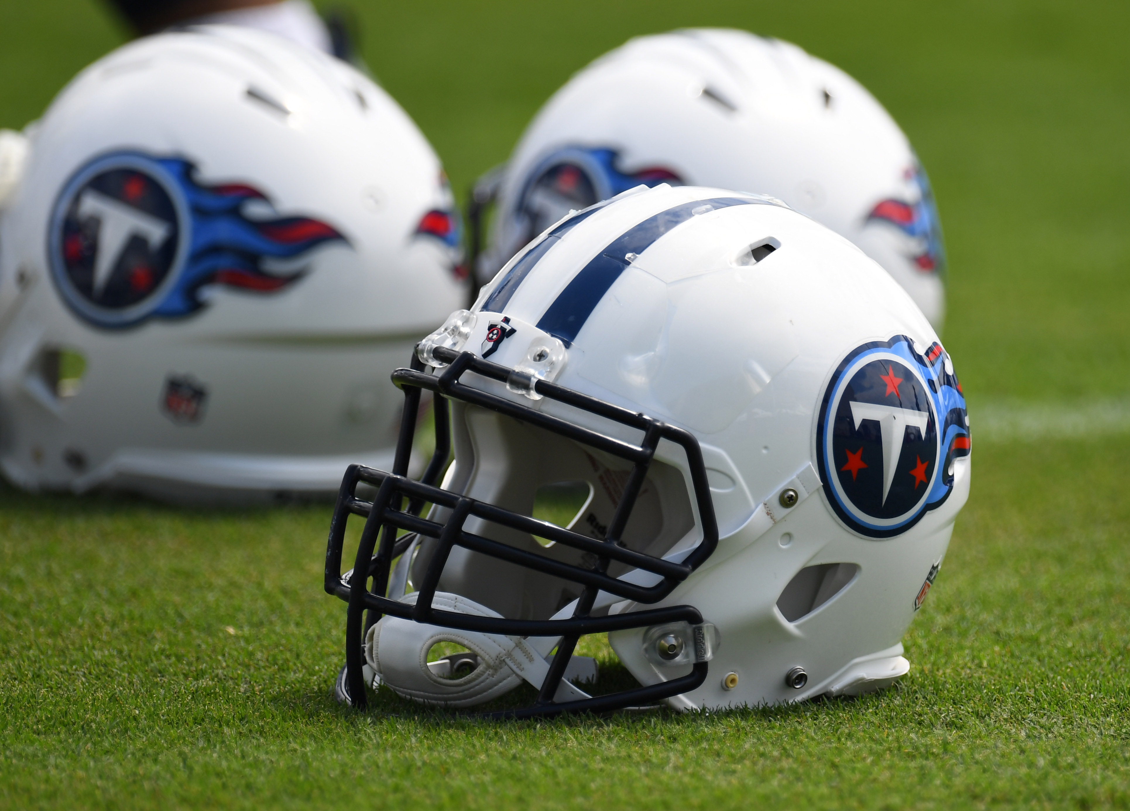 9412992-nfl-tennessee-titans-training-camp