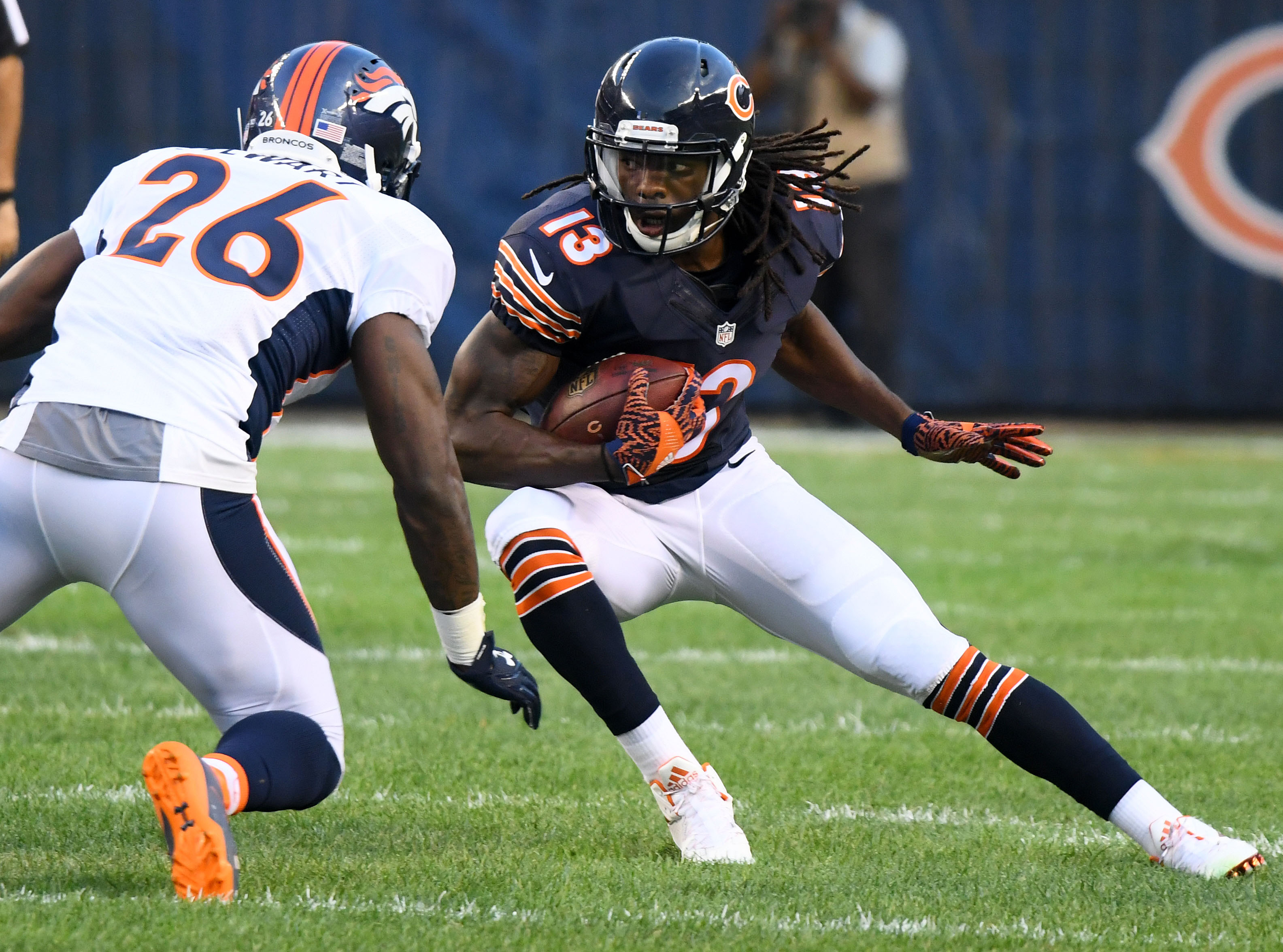 9449071-nfl-preseason-denver-broncos-at-chicago-bears