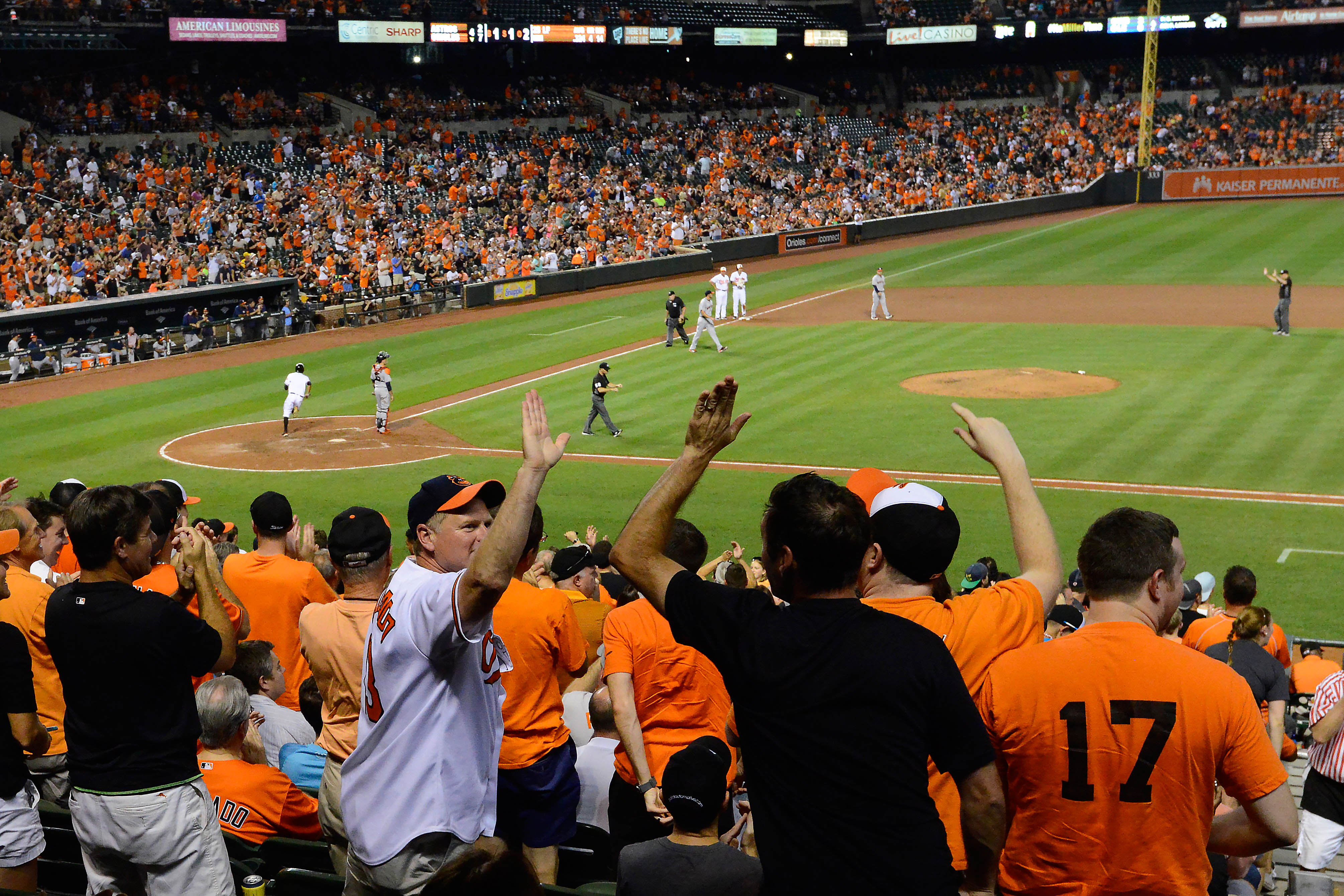 9483516-mlb-houston-astros-at-baltimore-orioles