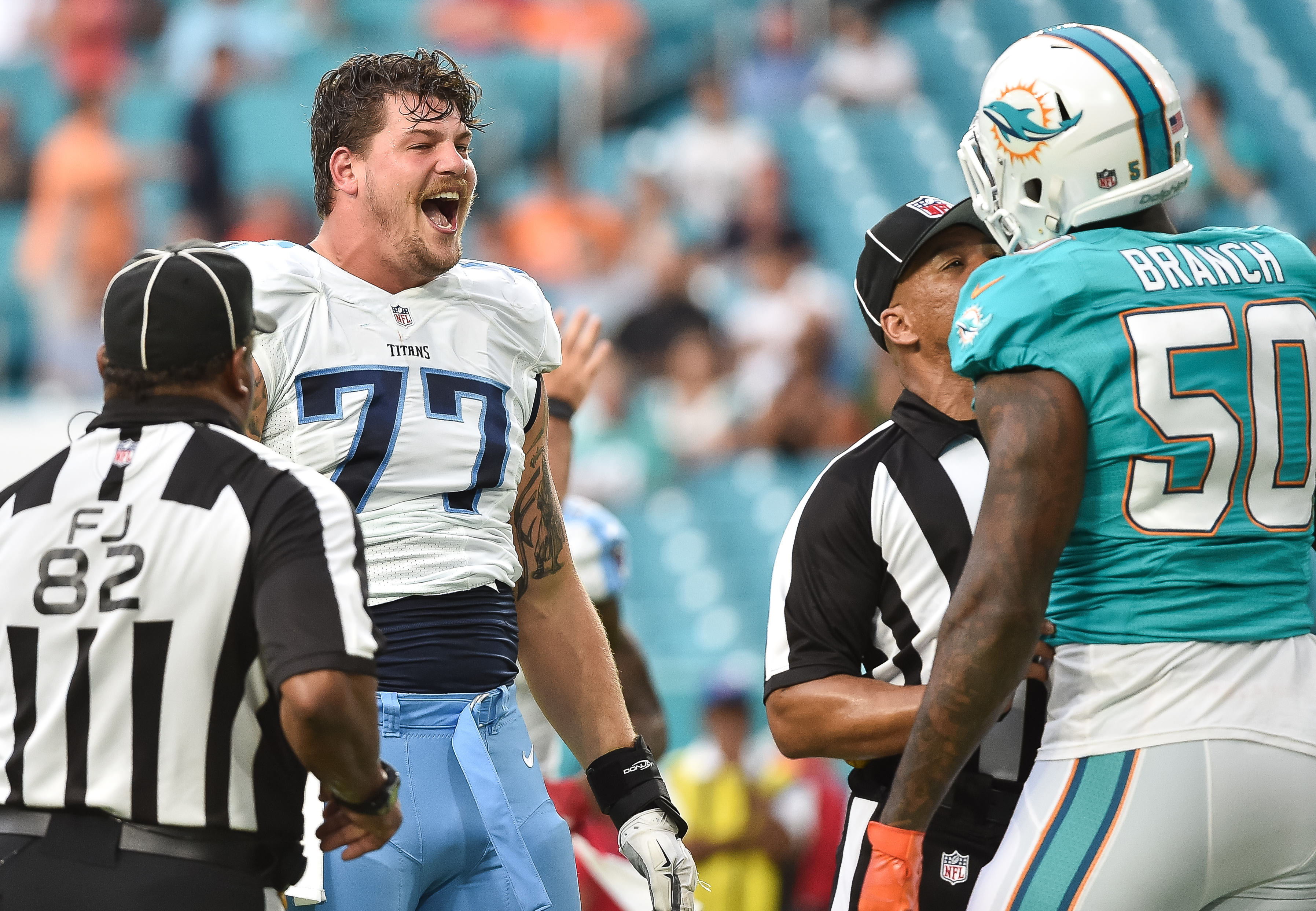 9512374-nfl-preaseason-tennessee-titans-at-miami-dolphins