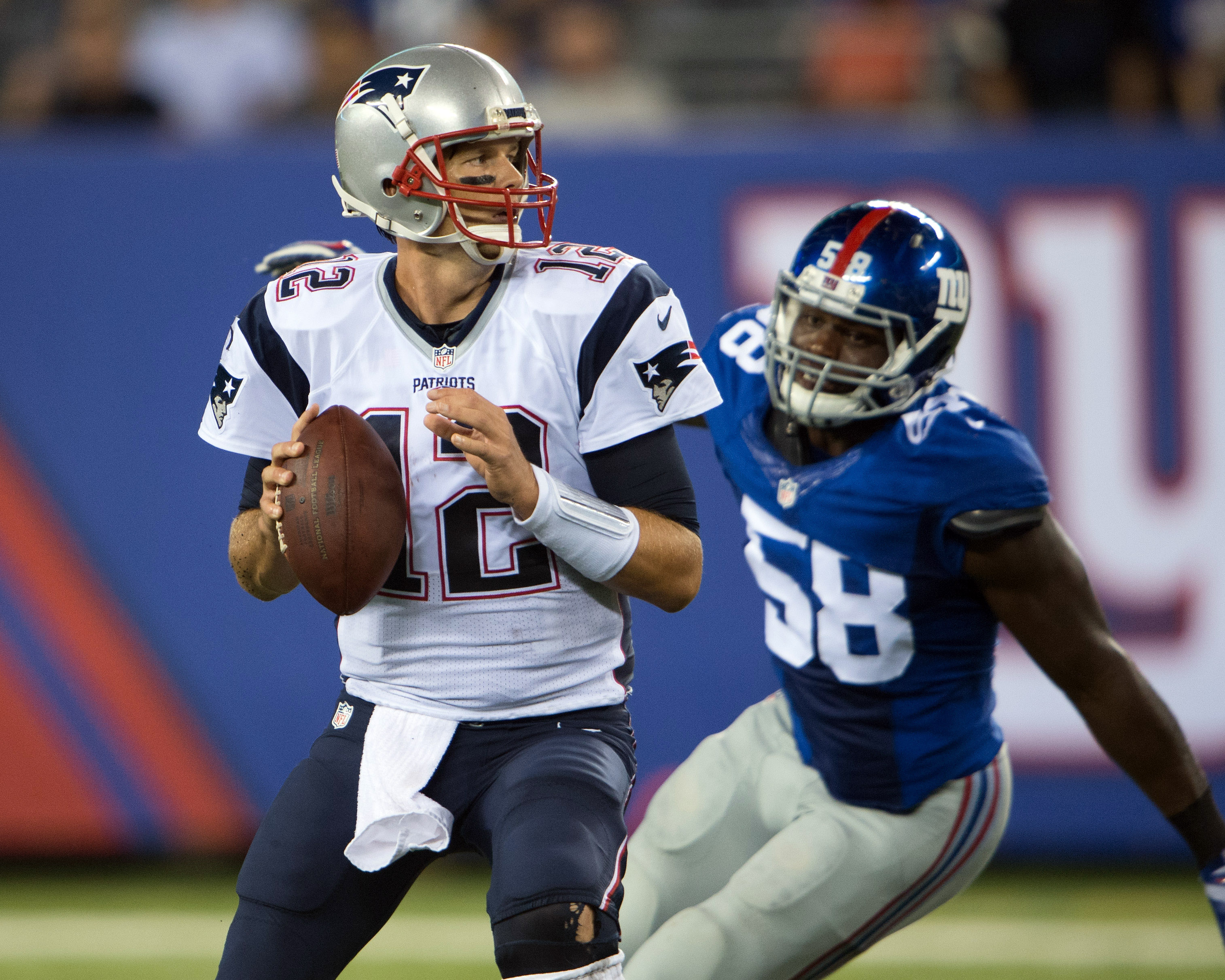 9512827-nfl-preaseason-new-england-patriots-at-new-york-giants