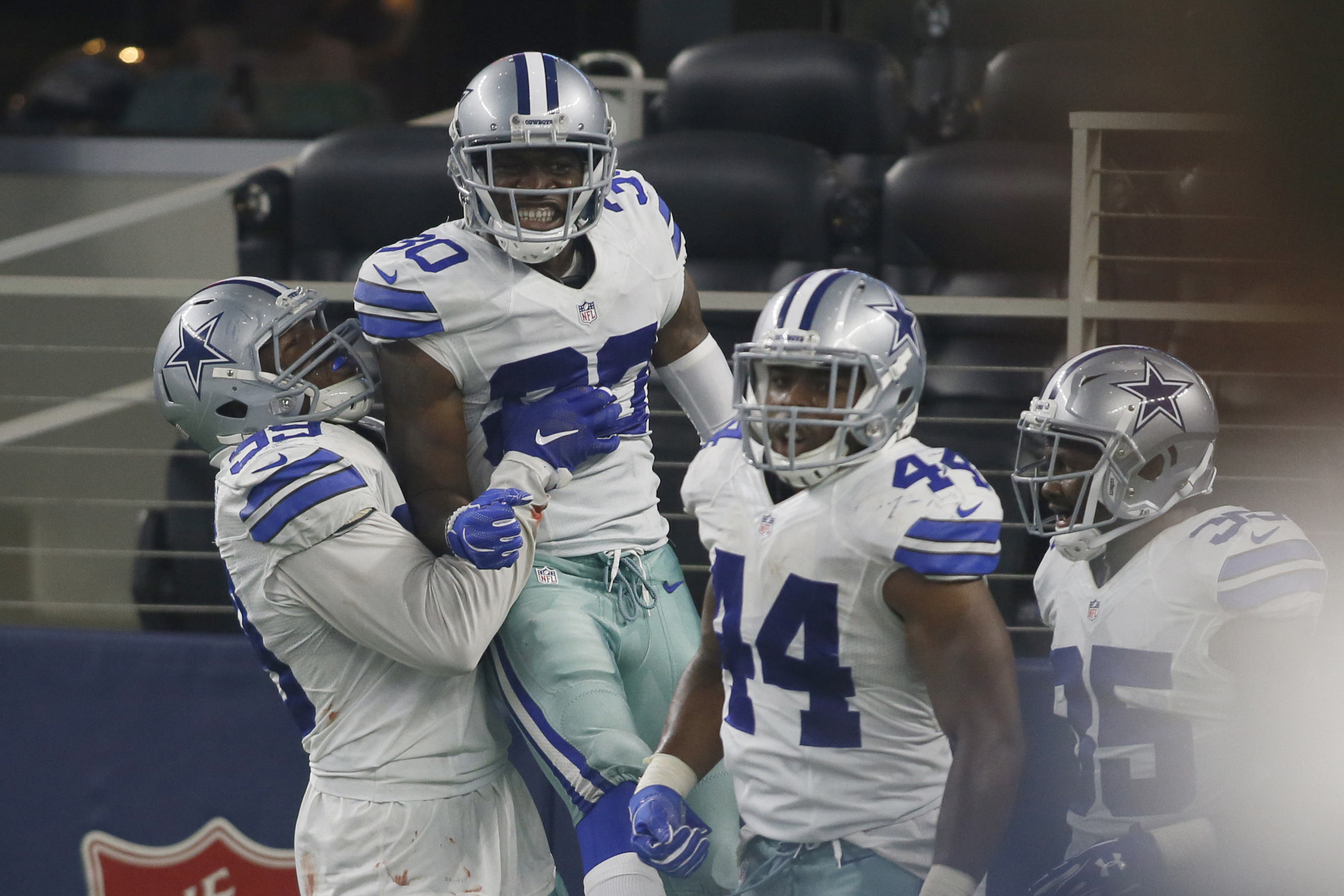 Dallas Cowboys 5 Players Ready To Break Out In 2017