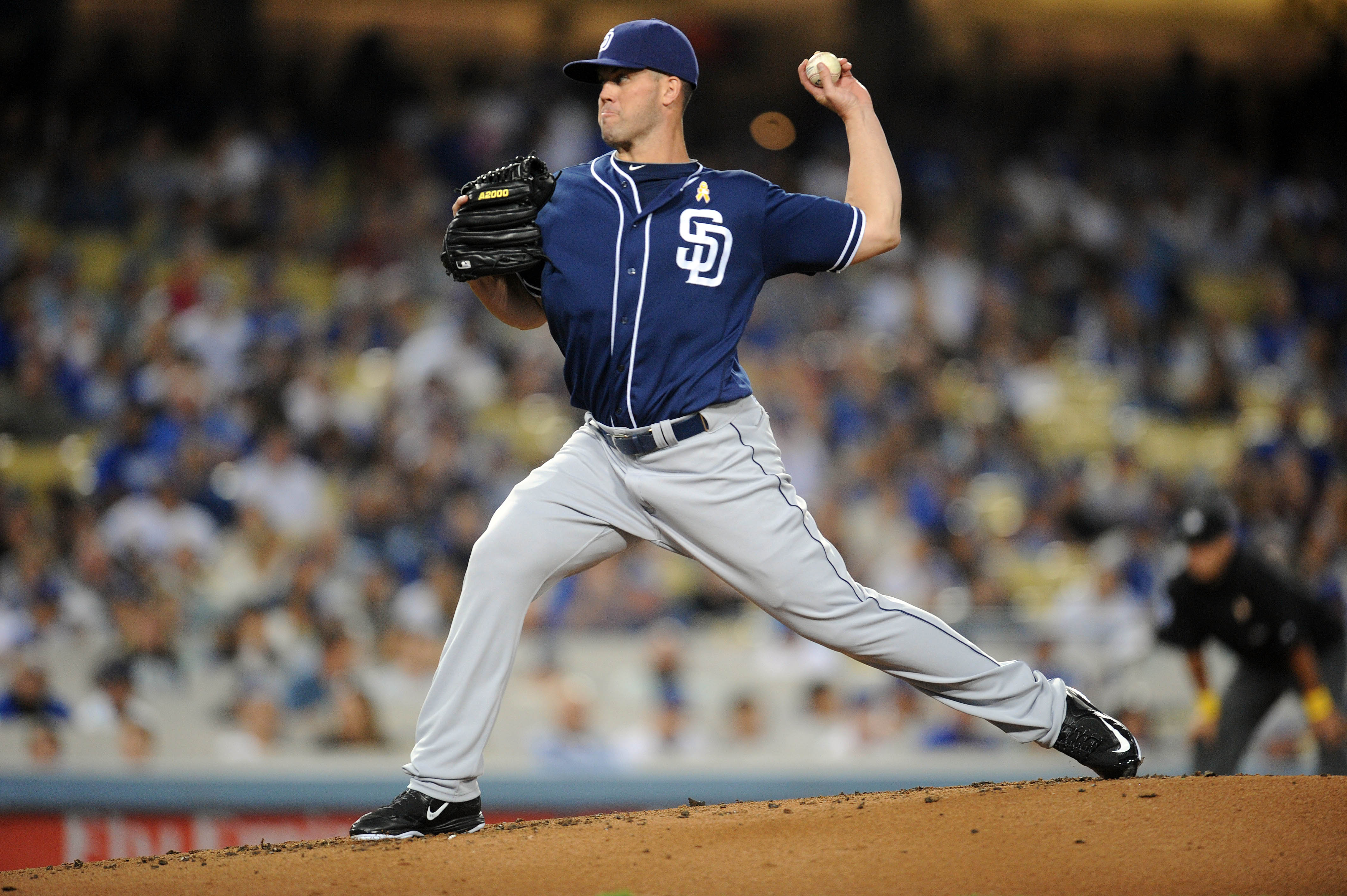 9515366-mlb-san-diego-padres-at-los-angeles-dodgers