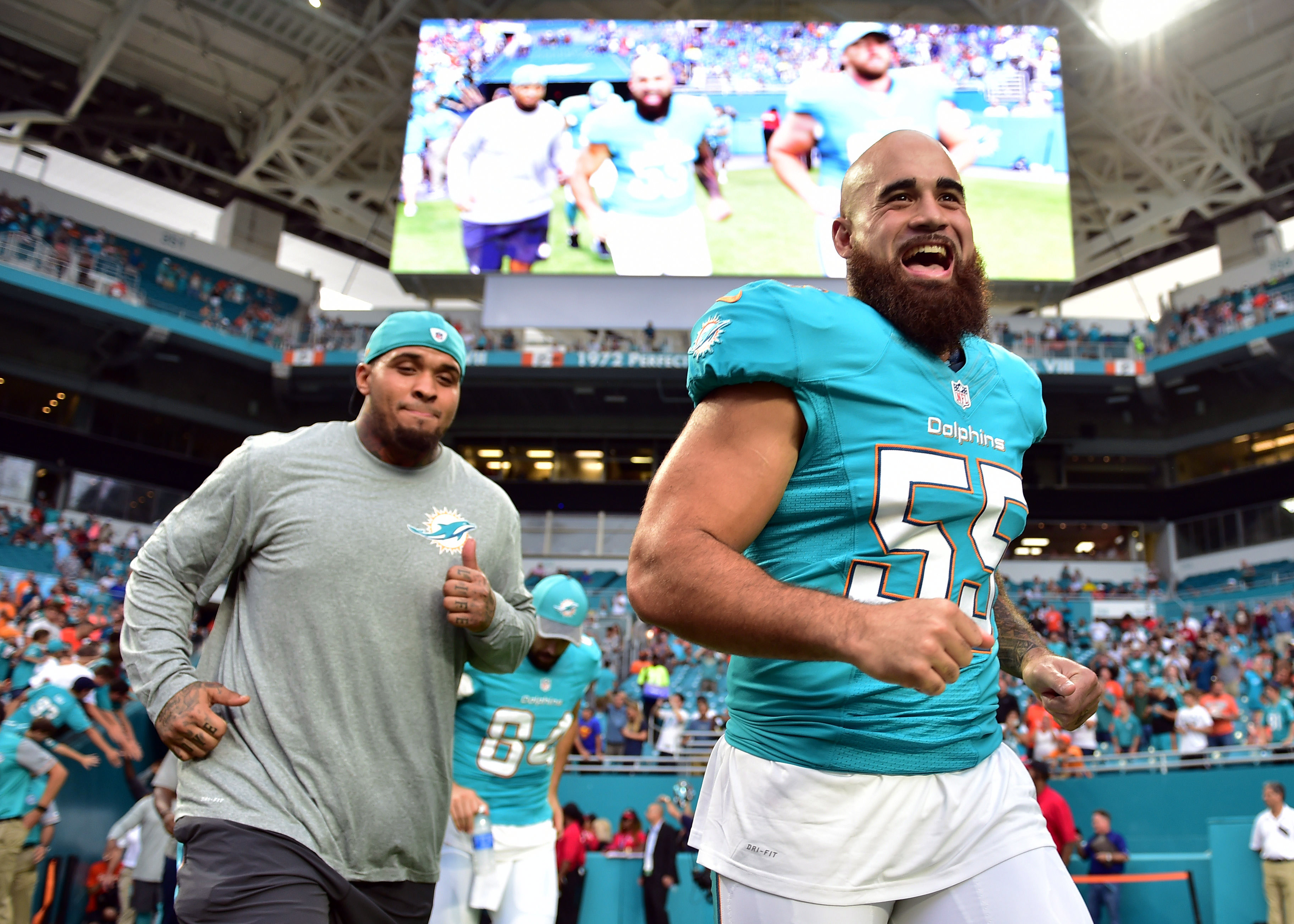 9524890-nfl-preaseason-tennessee-titans-at-miami-dolphins