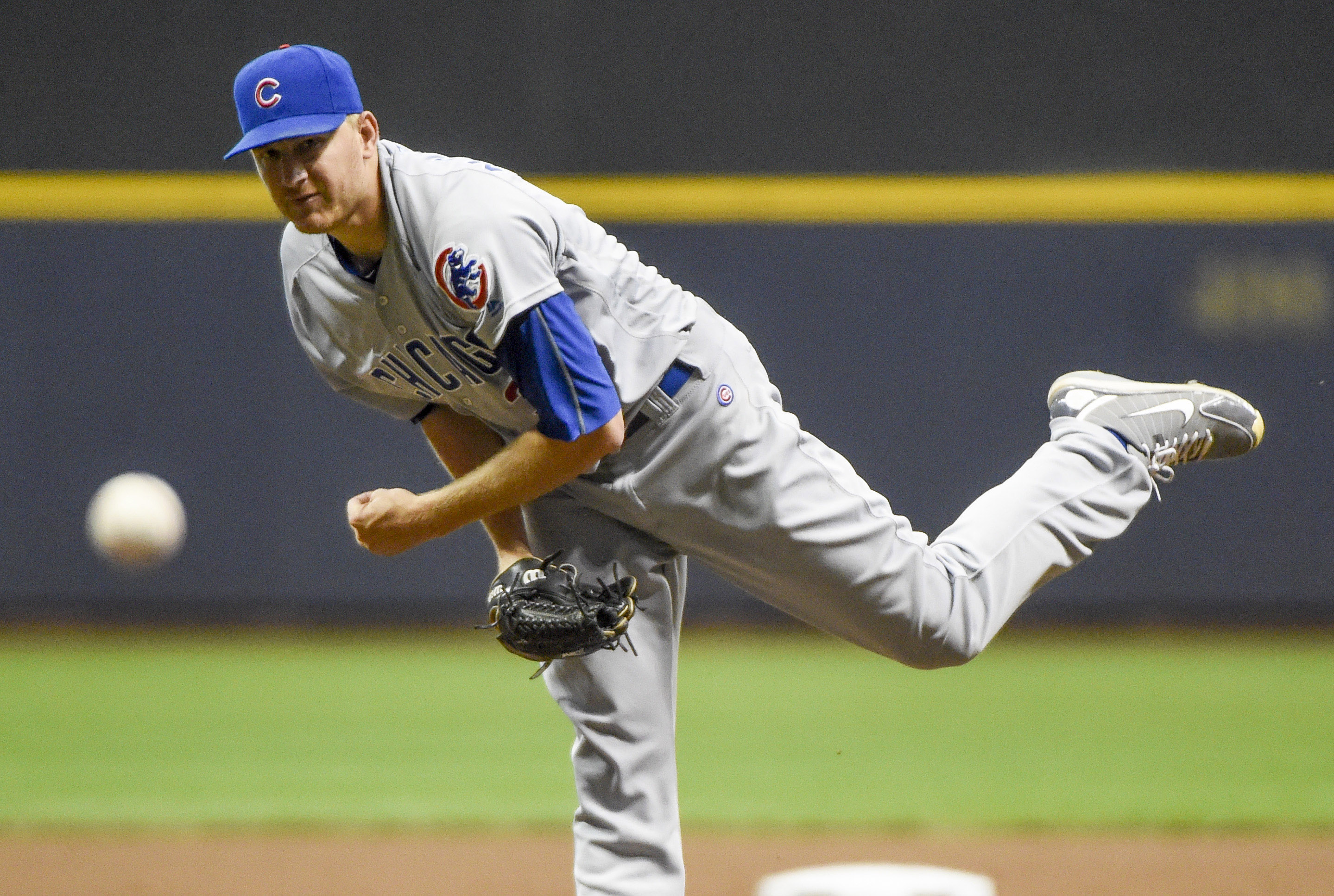 9526545-mlb-chicago-cubs-at-milwaukee-brewers