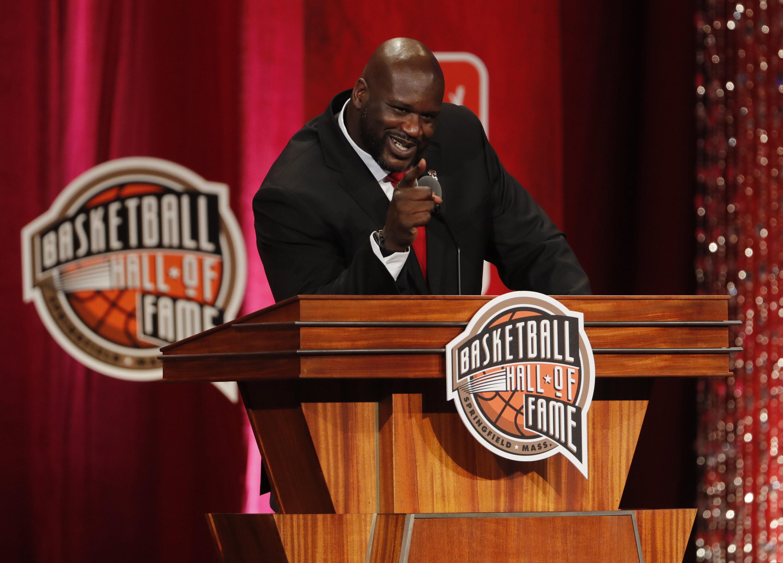 9530066-basketball-hall-of-fame-enshrinement