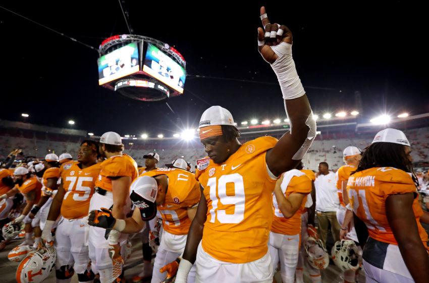 Tennessee Football Vols Spring Dl Injuries Building Depth