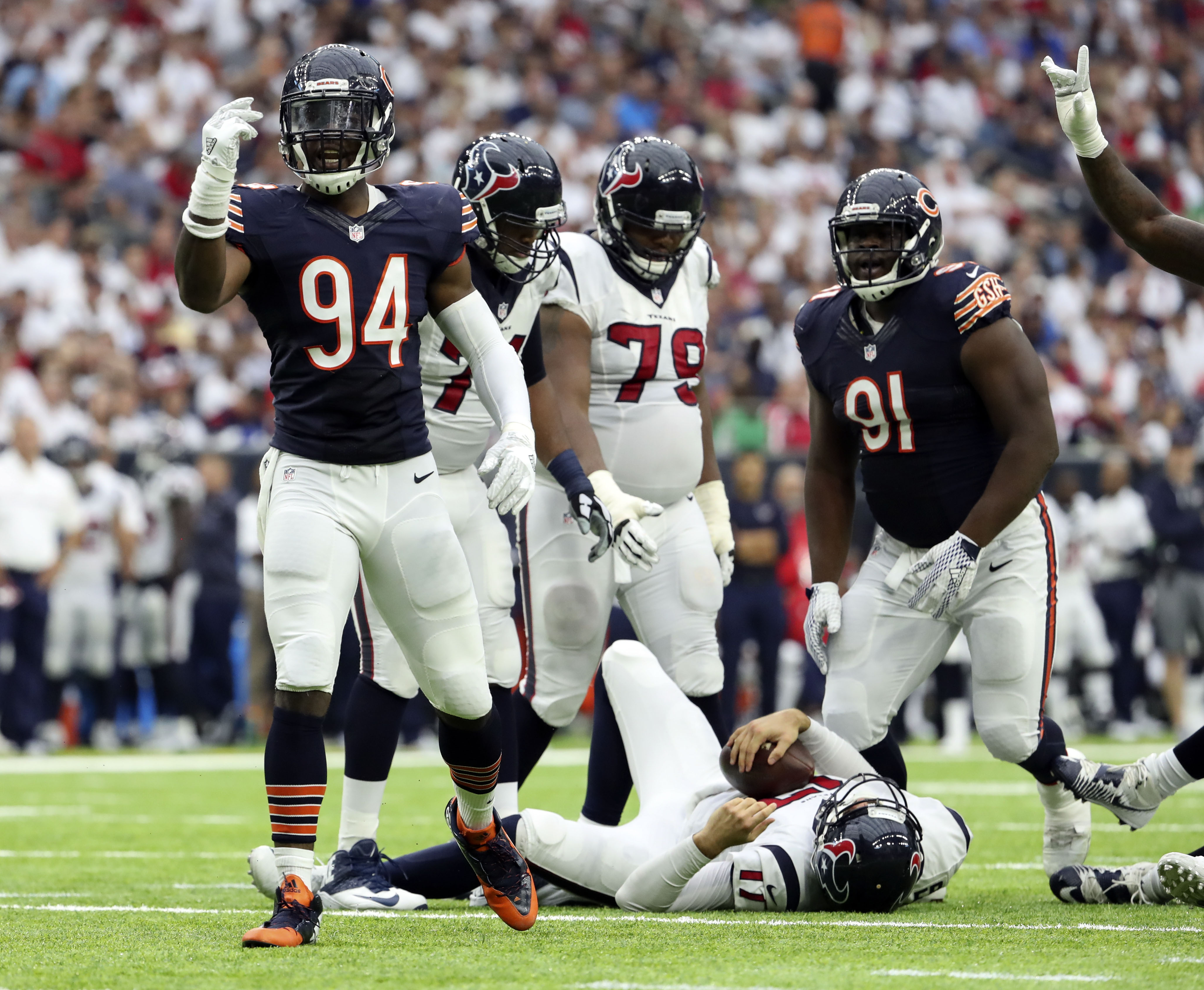 9540286-nfl-chicago-bears-at-houston-texans
